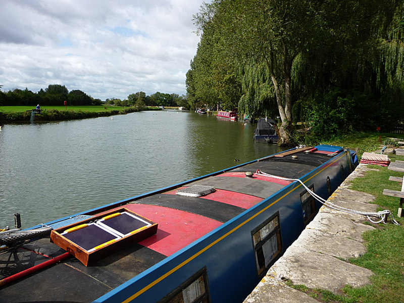 River Thames at Lechlade - geograph.org.uk - 1690216