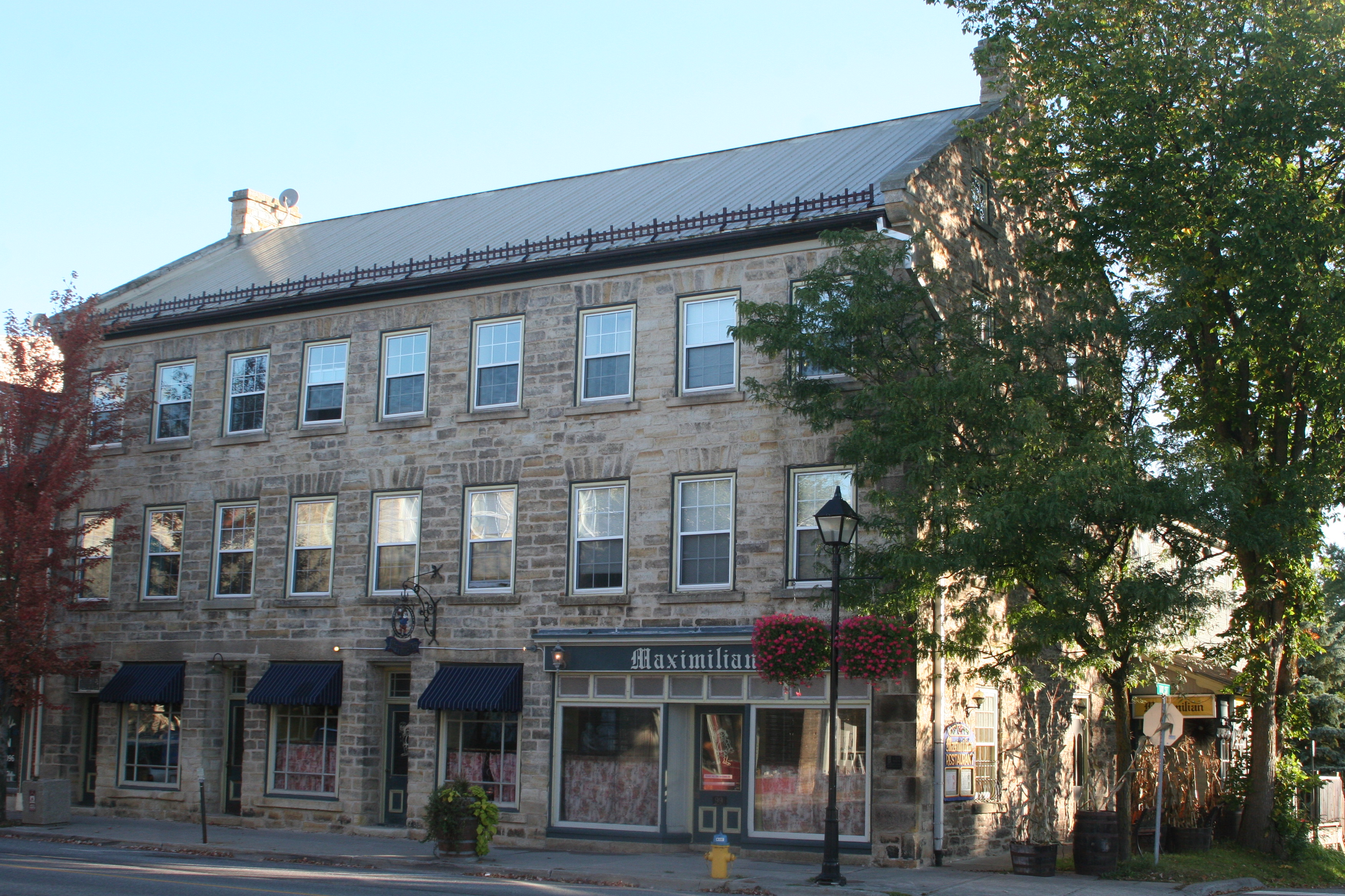 Riverside Apartments St Paul