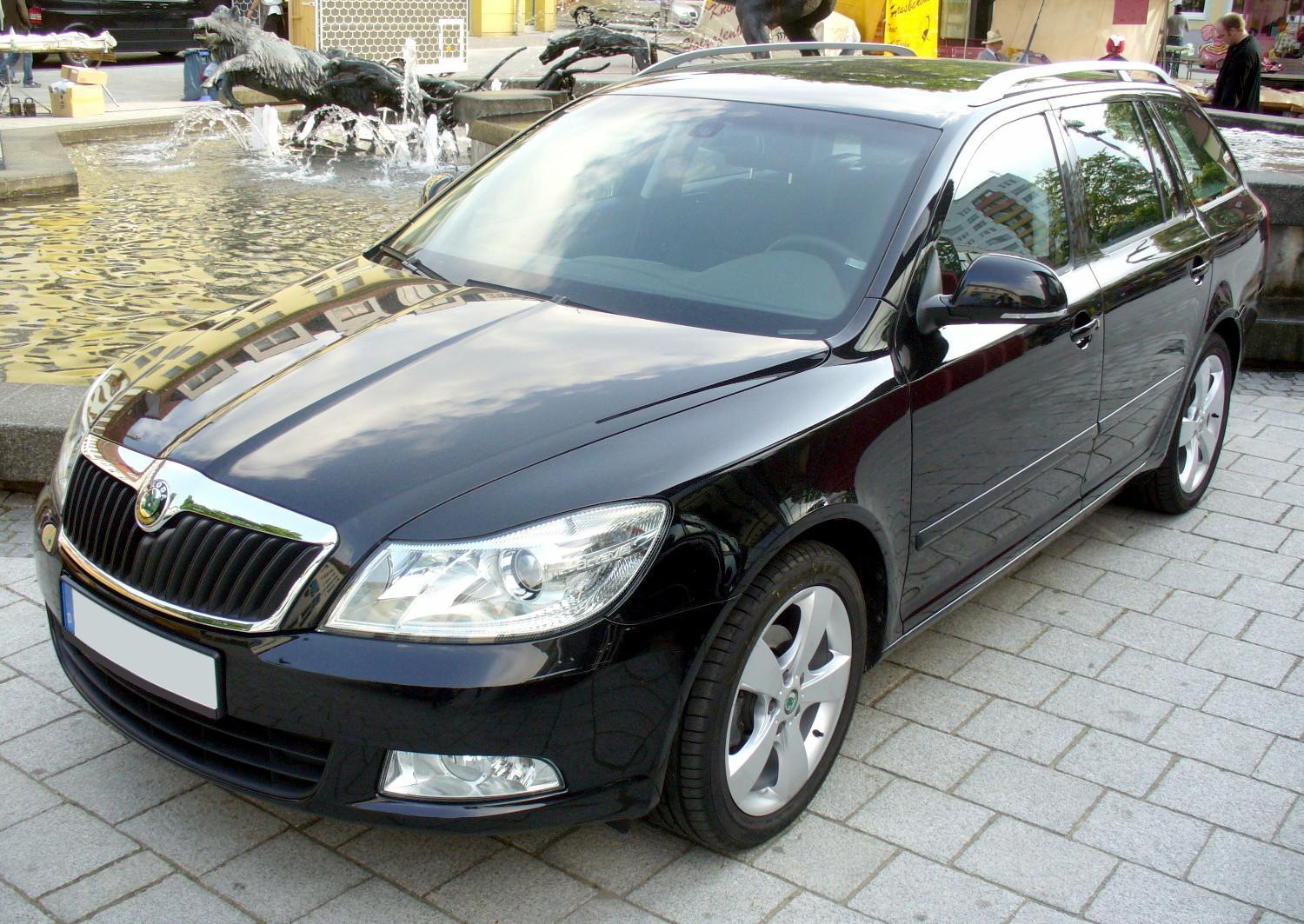 file skoda octavia ii combi facelift jpg wikimedia commons. Black Bedroom Furniture Sets. Home Design Ideas