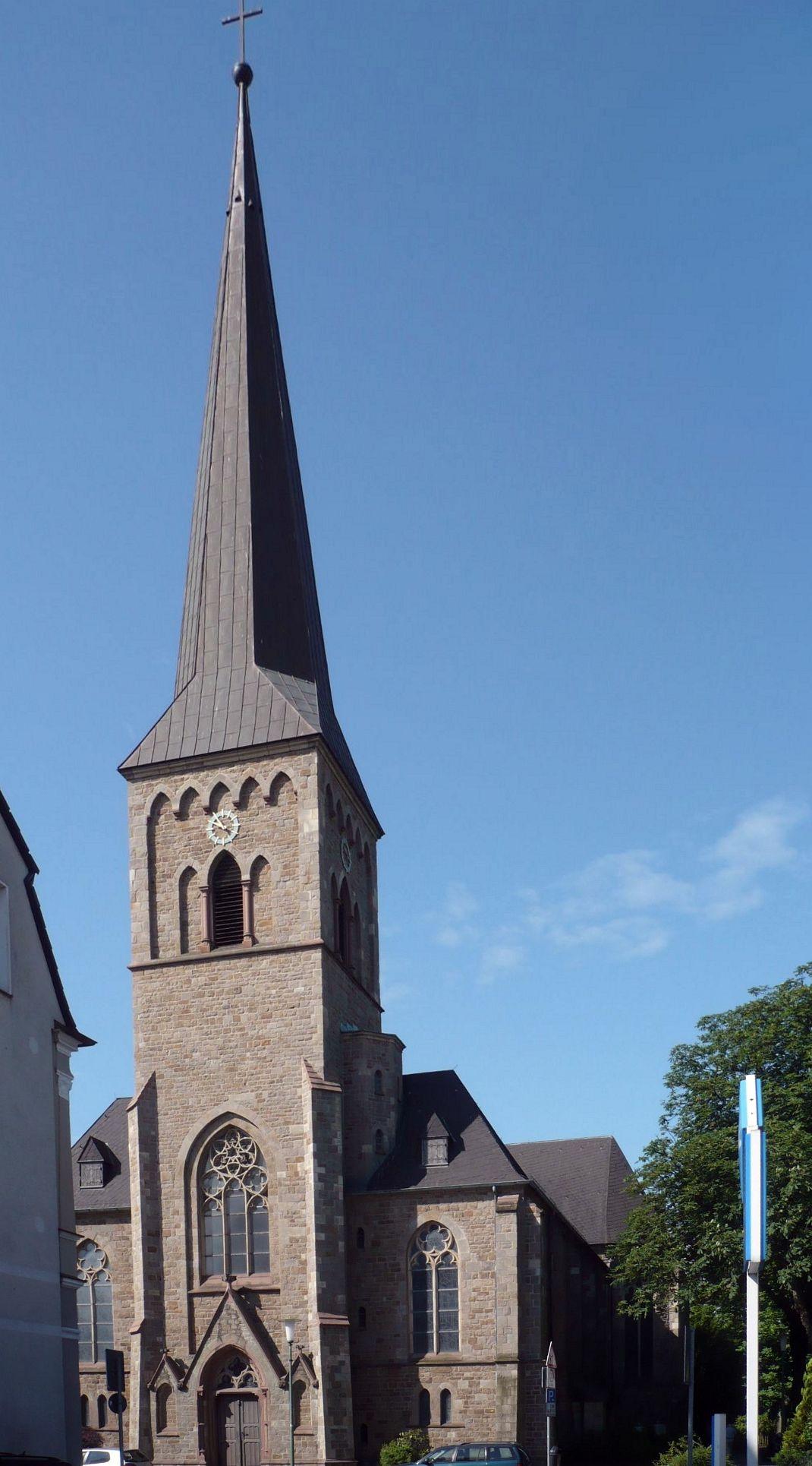 Datei:St. Georg Essen-Heisingen.jpg – Wikipedia