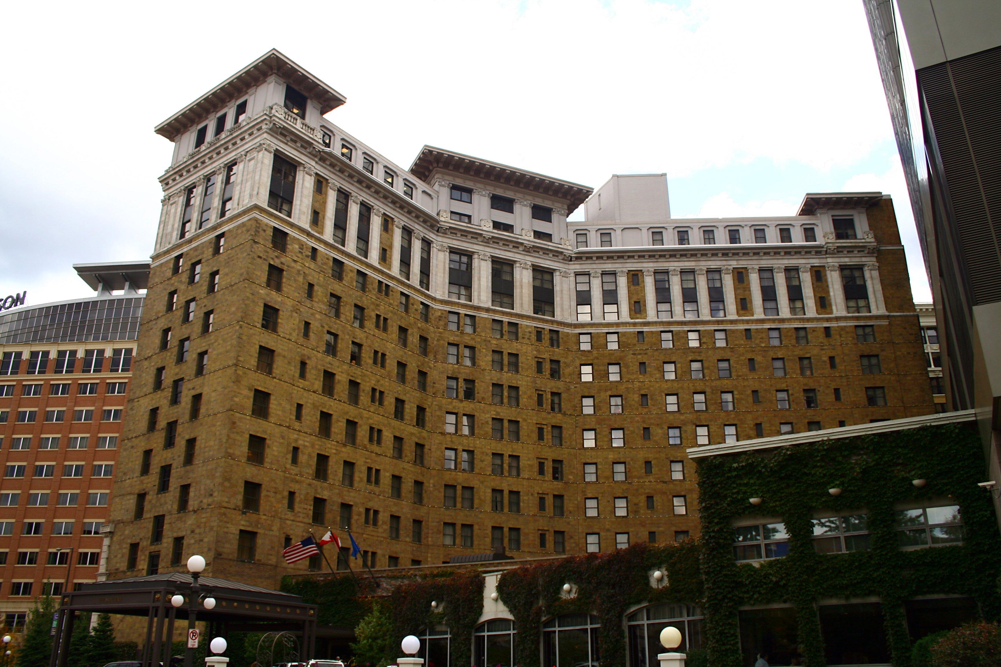 File st paul hotel saint paul for Hotels saintes
