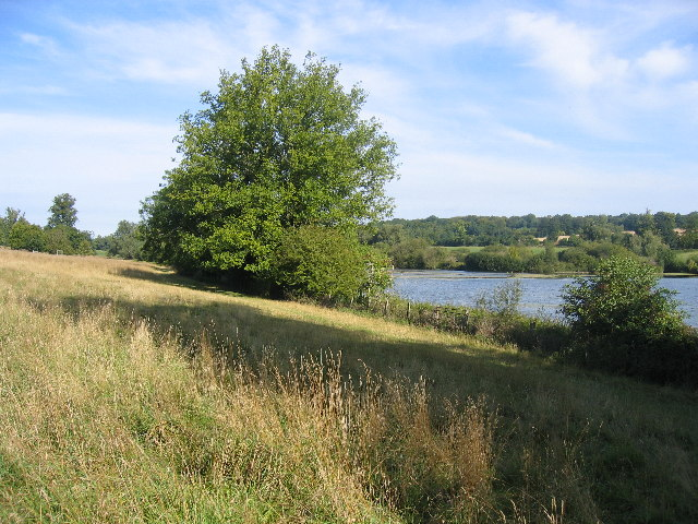 The Lake, Shardeloes Park, Nr Amersham - geograph.org.uk - 46813