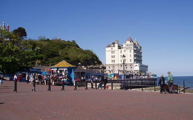 The promenade - geograph.org.uk - 1730239