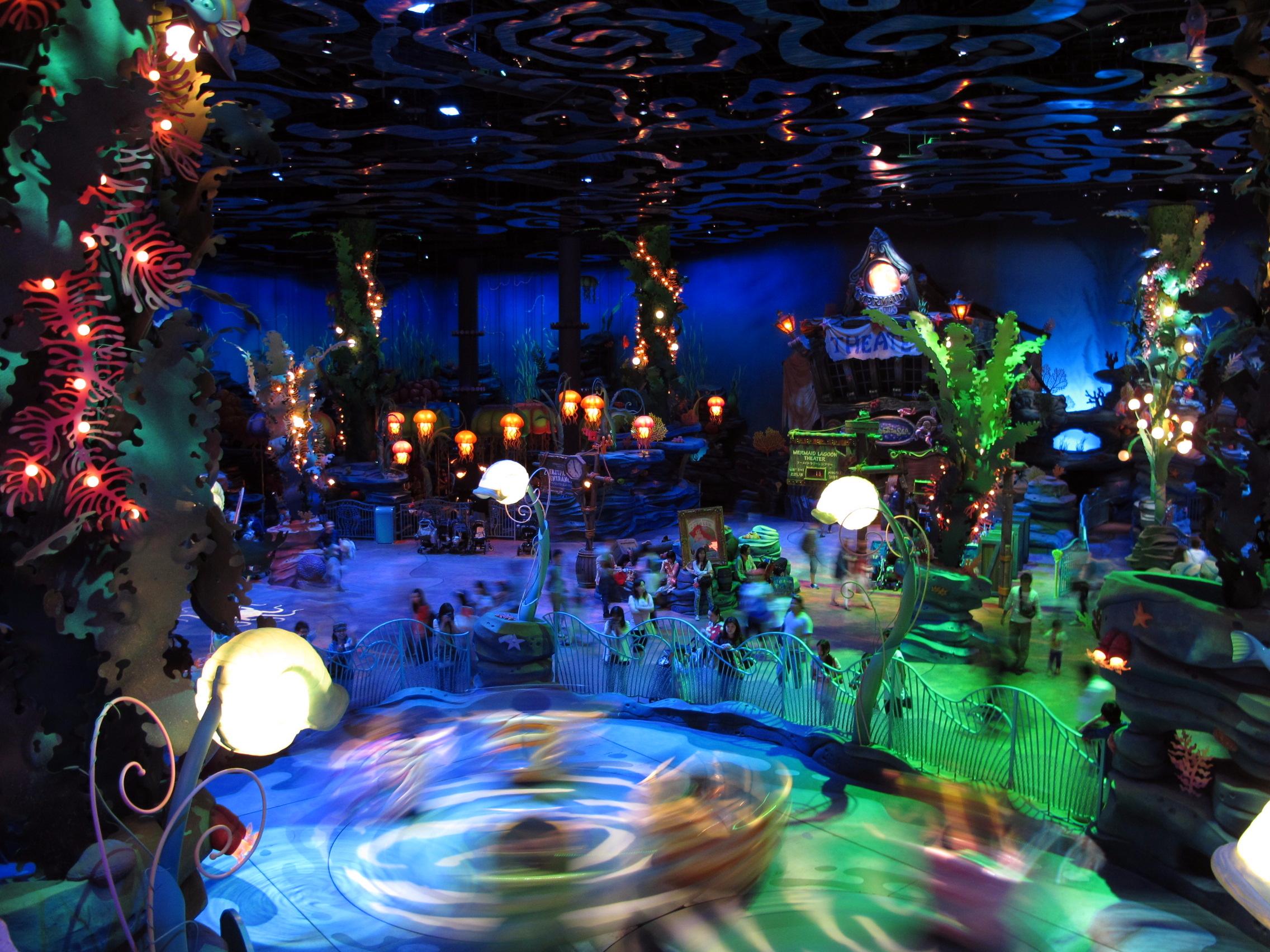 File:Tokyo DisneySea Mermaid Lagoon Interior View 201306