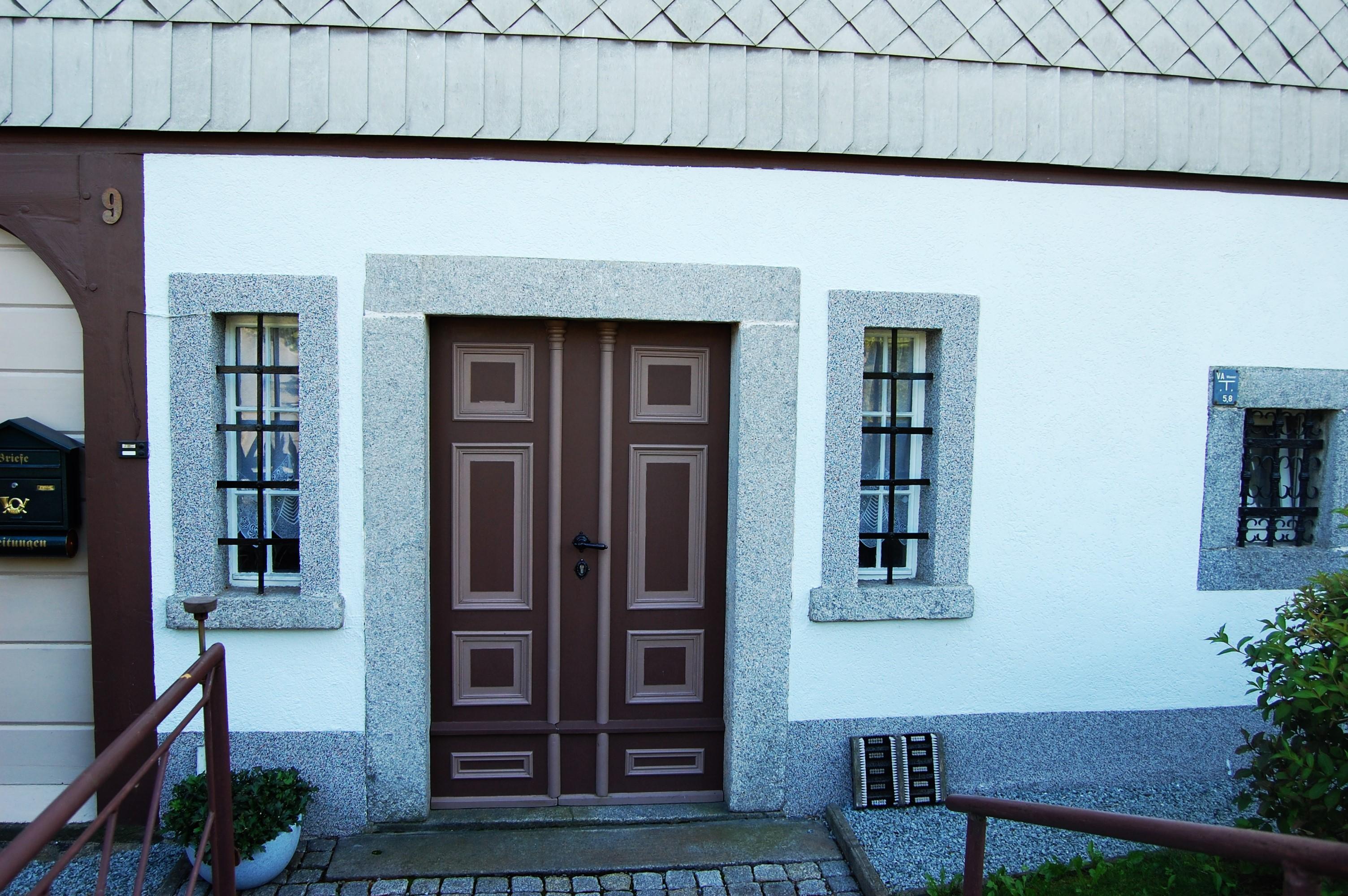 file umgebinde k the kollwitz stra e 9 walddorf 2 jpg wikimedia commons. Black Bedroom Furniture Sets. Home Design Ideas