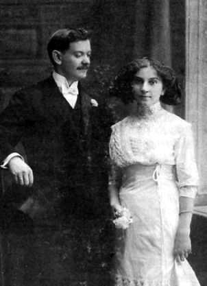 Vlasta Javořickᠨcca 1911)