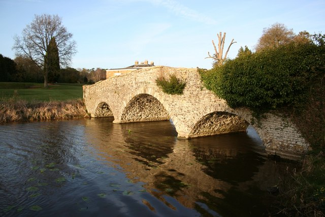 Waverley Abbey Bridge - geograph.org.uk - 726896