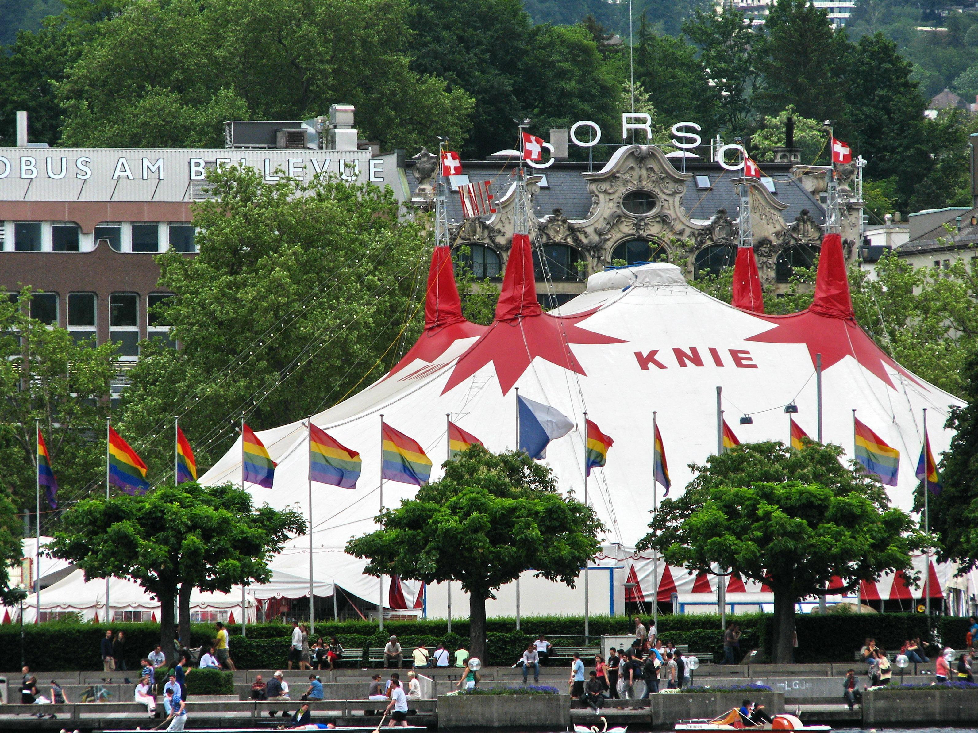 Der Schweizer Circus Knie in Zürich