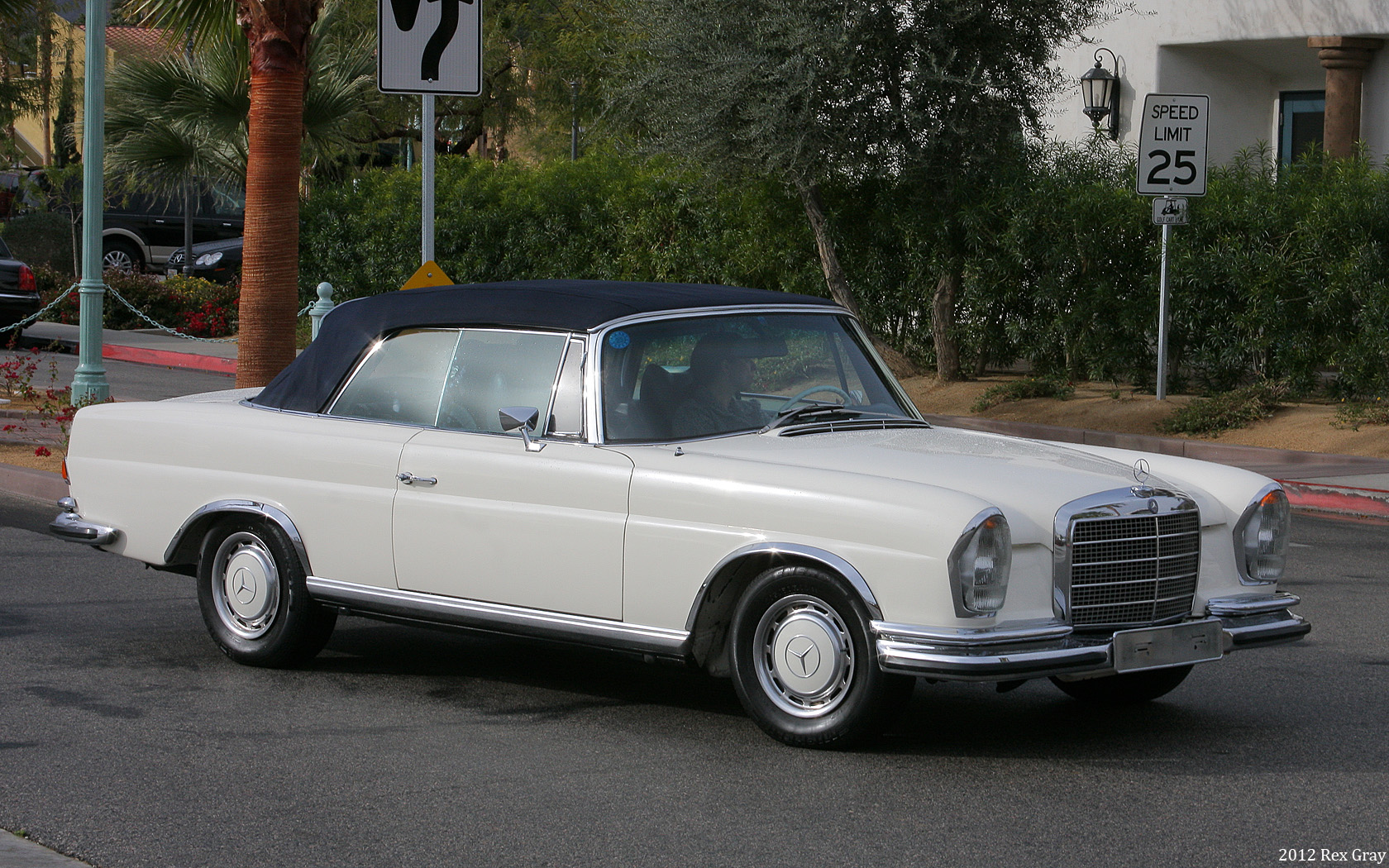 File 1971 Mercedes Benz 280se Wikimedia Commons