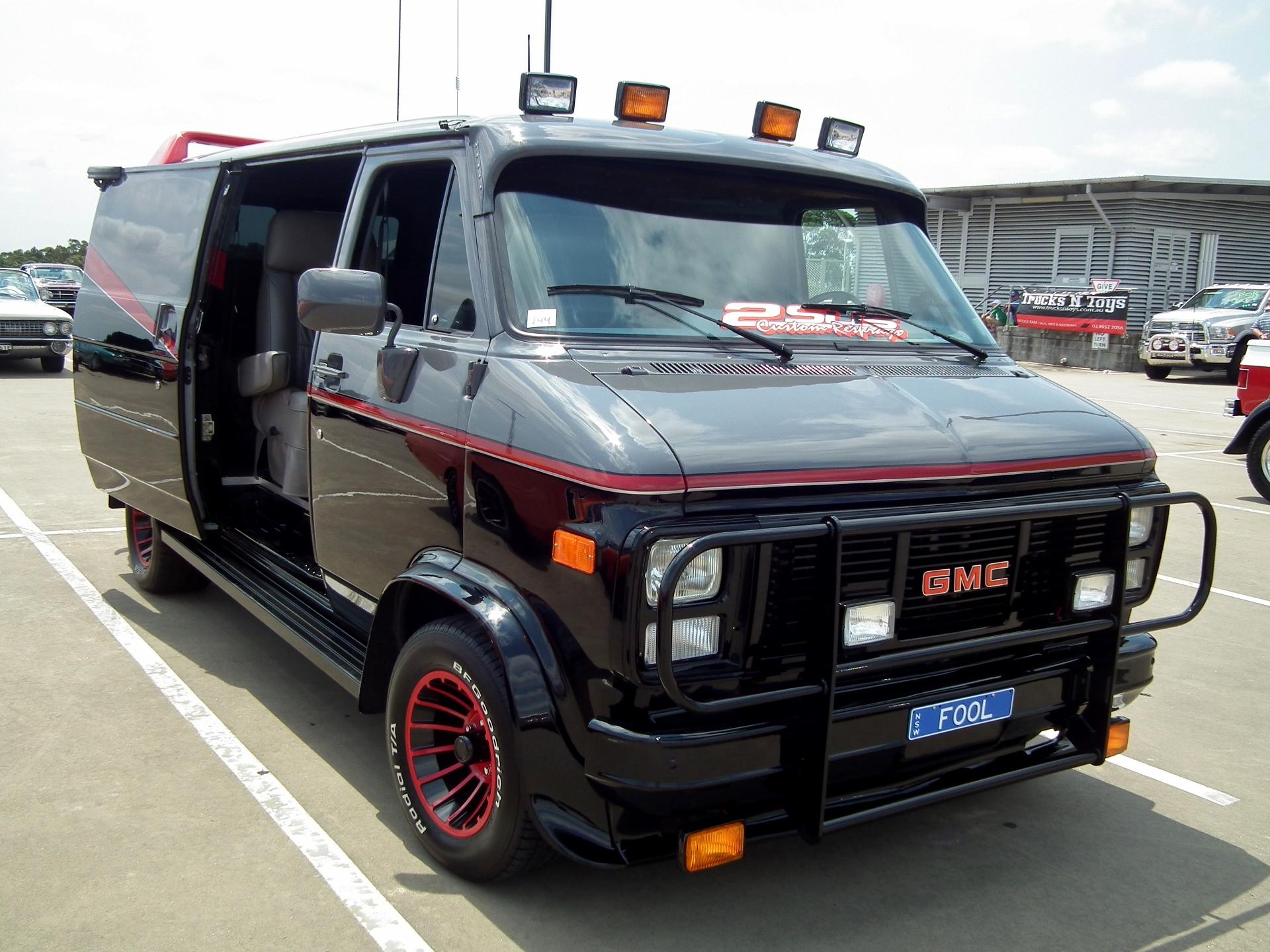 Bespoke Car Interiors Custom Design And Restorations Re