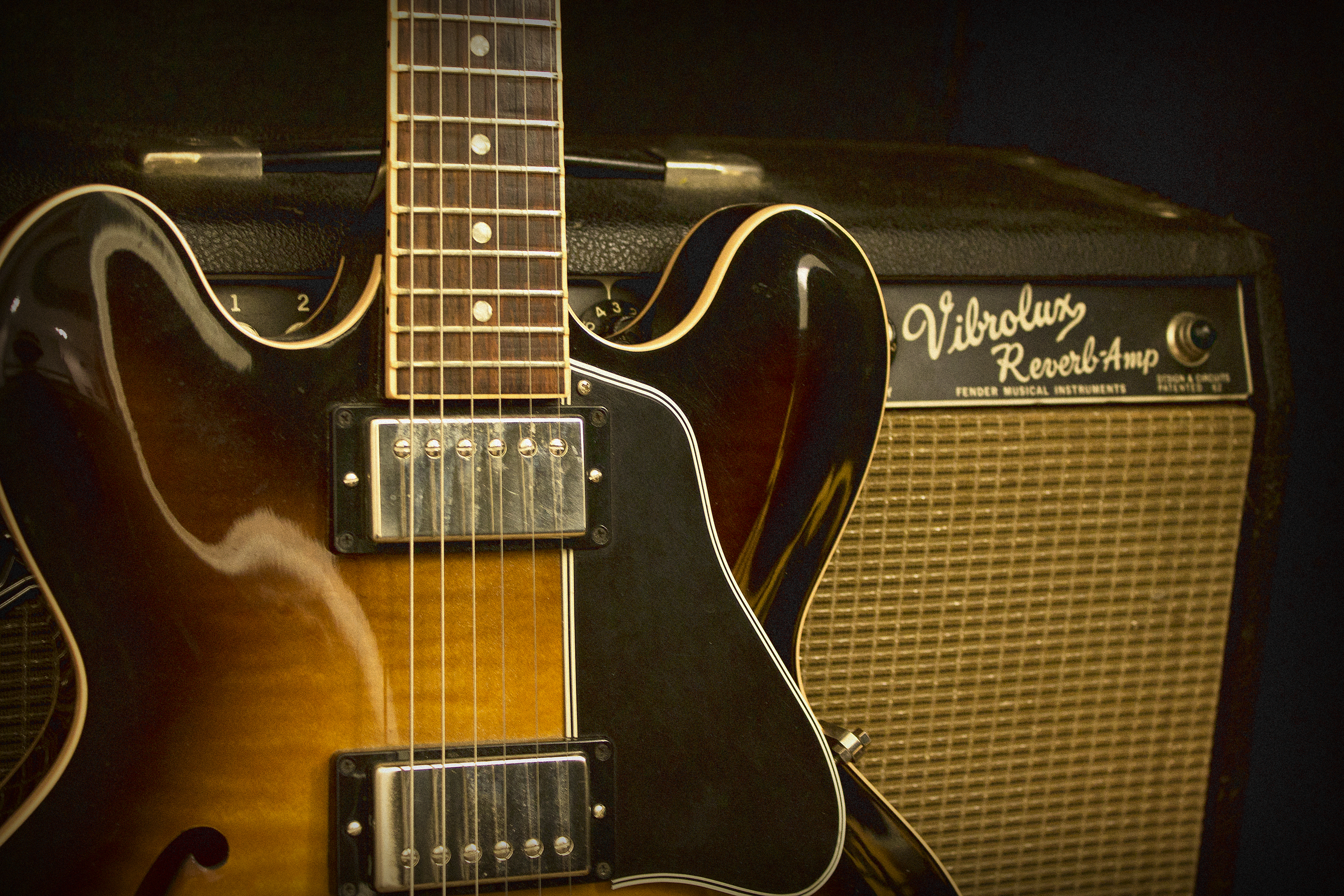 gibson es 335 history