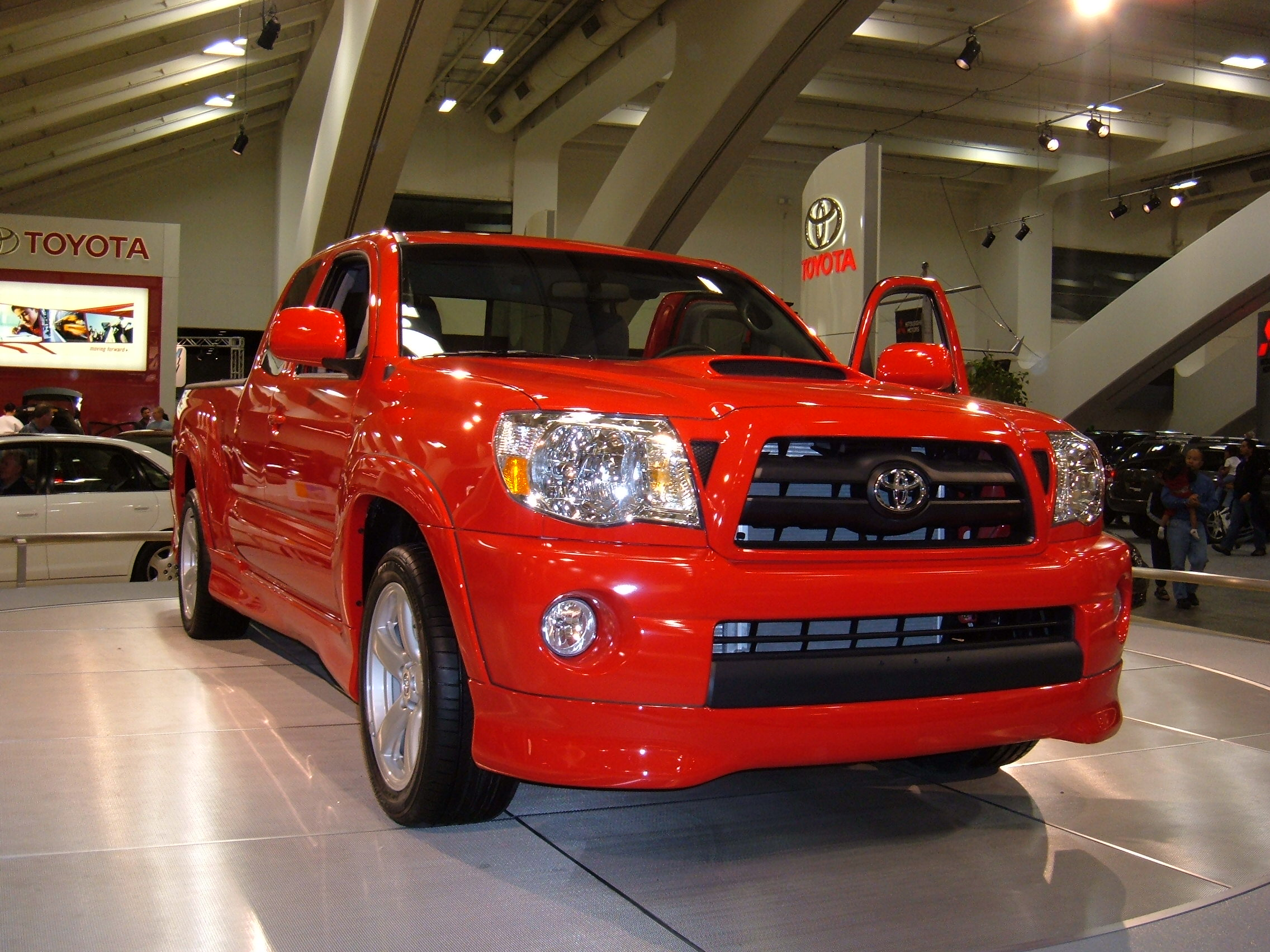 Description 2005 red Toyota Tacoma X-Runner.JPG