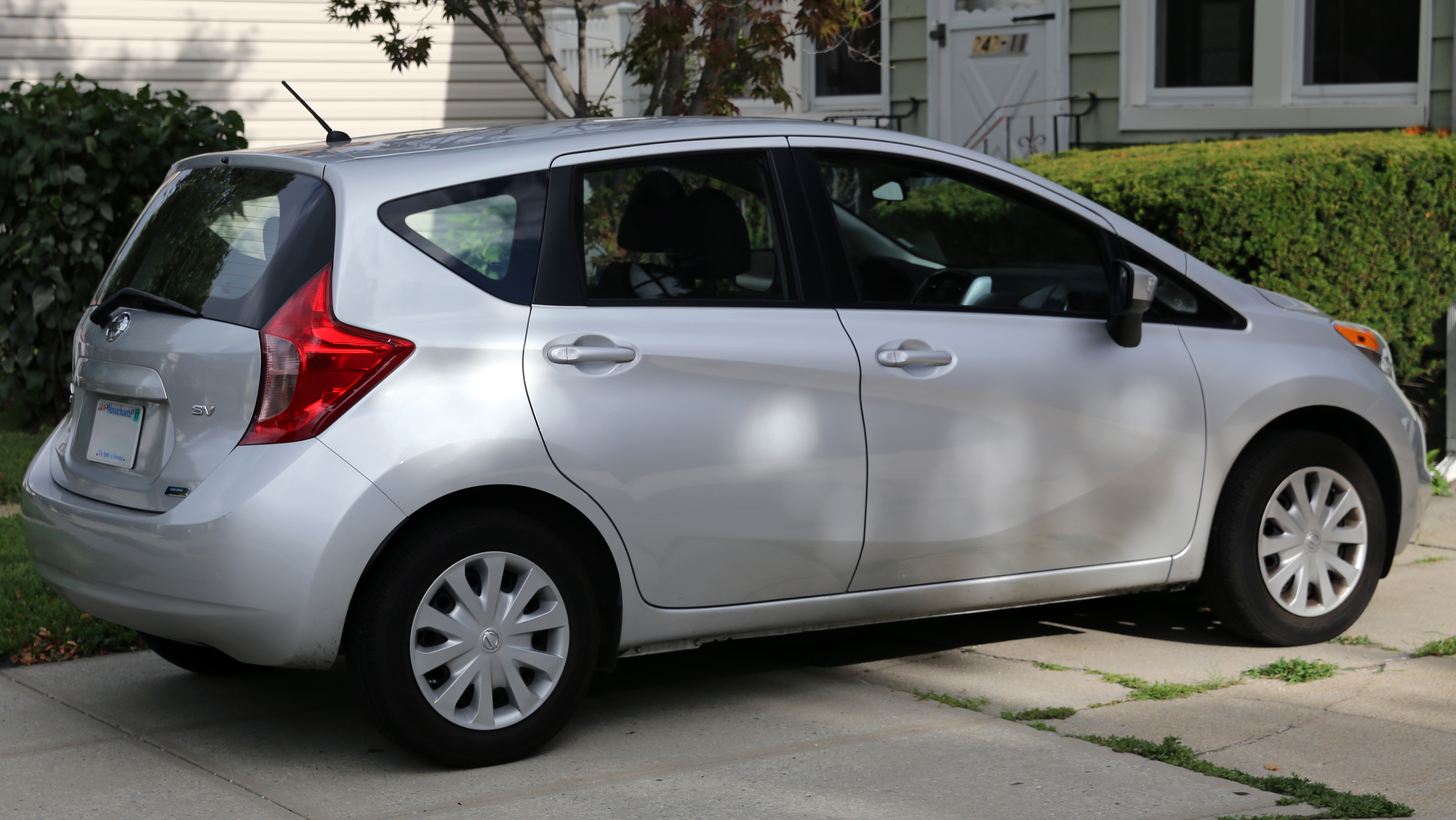 test drive and note nissan sr in depth versa watch youtube