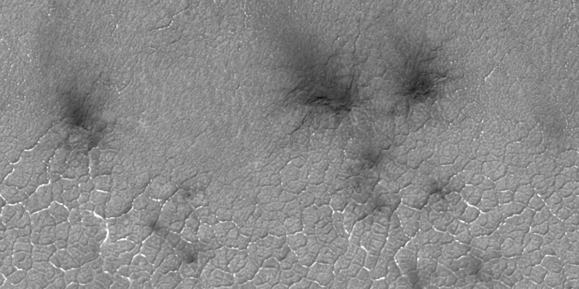 Close view of spider formations, as seen by HiRISE under HiWish program Polygon-shaped channels are also visible.