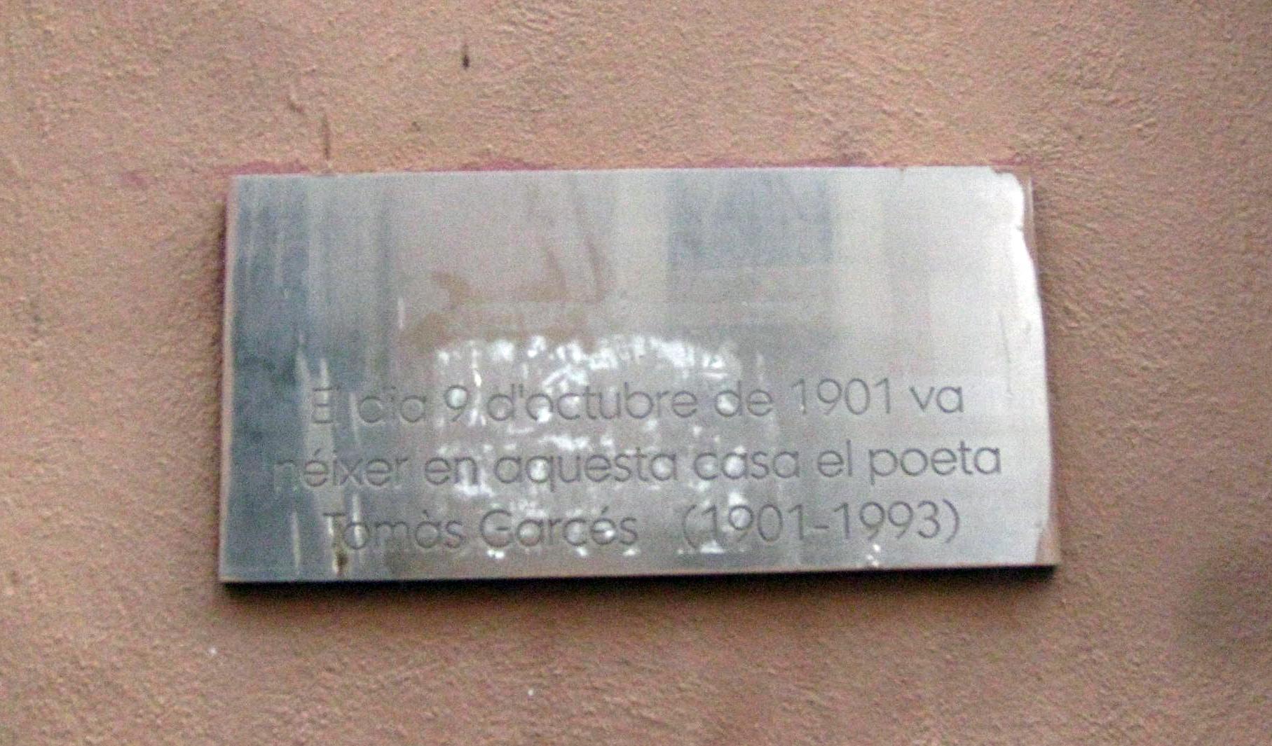 Placa conmemorativa del nacimiento del poeta