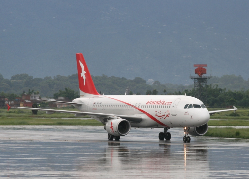 Ktm Wikipedia >> File:Air Arabia Airbus A320 UA-320-2.jpg - Wikimedia Commons
