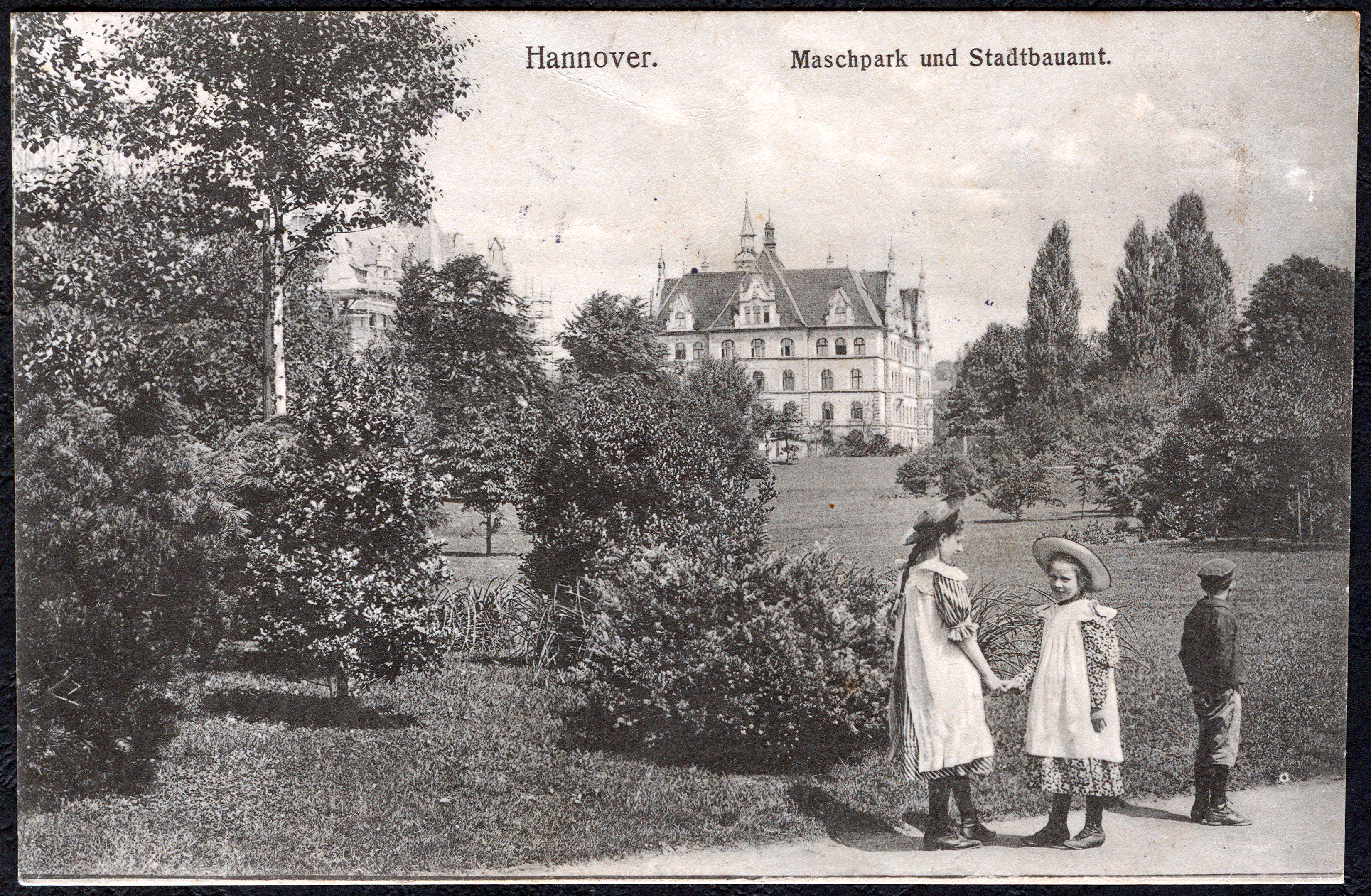 File Anonymer Fotograf Pc Hannover Maschpark Und Stadtbauamt
