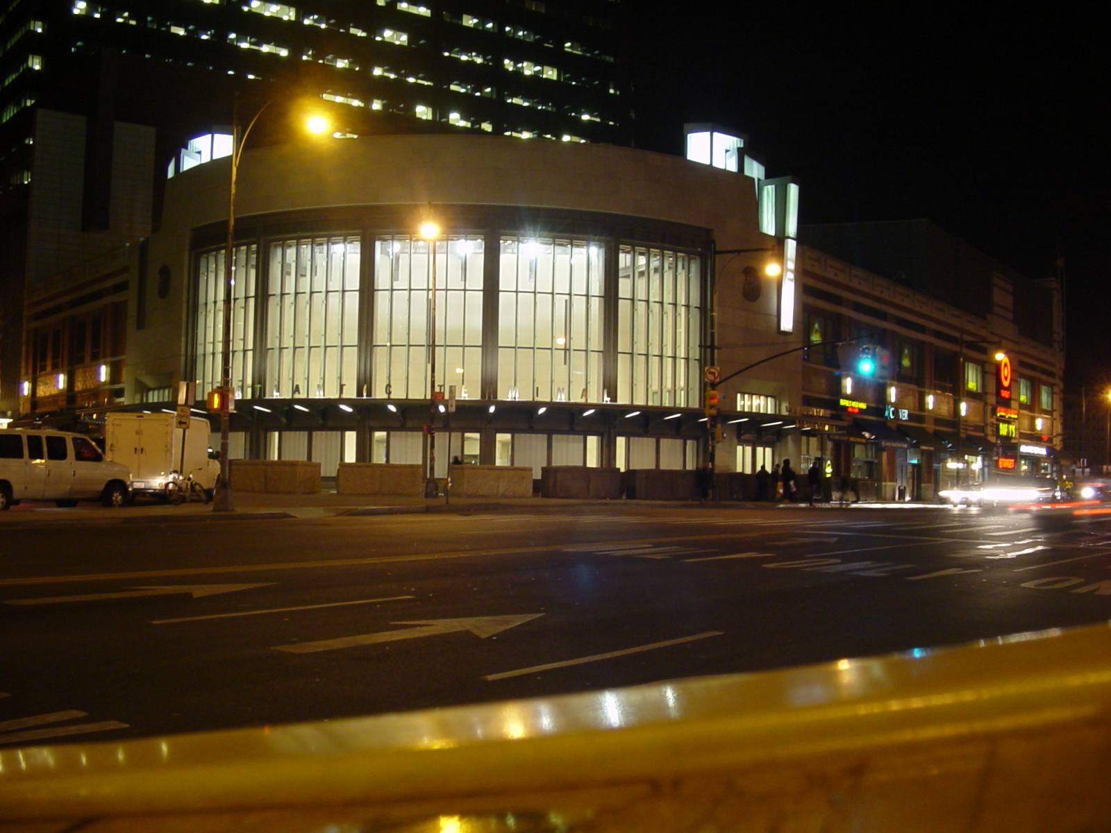 The entrance pavilion to the Atlantic Terminal in Brooklyn. Image captured by user TLK in 3, licensed by CC BY-SA 3.0.