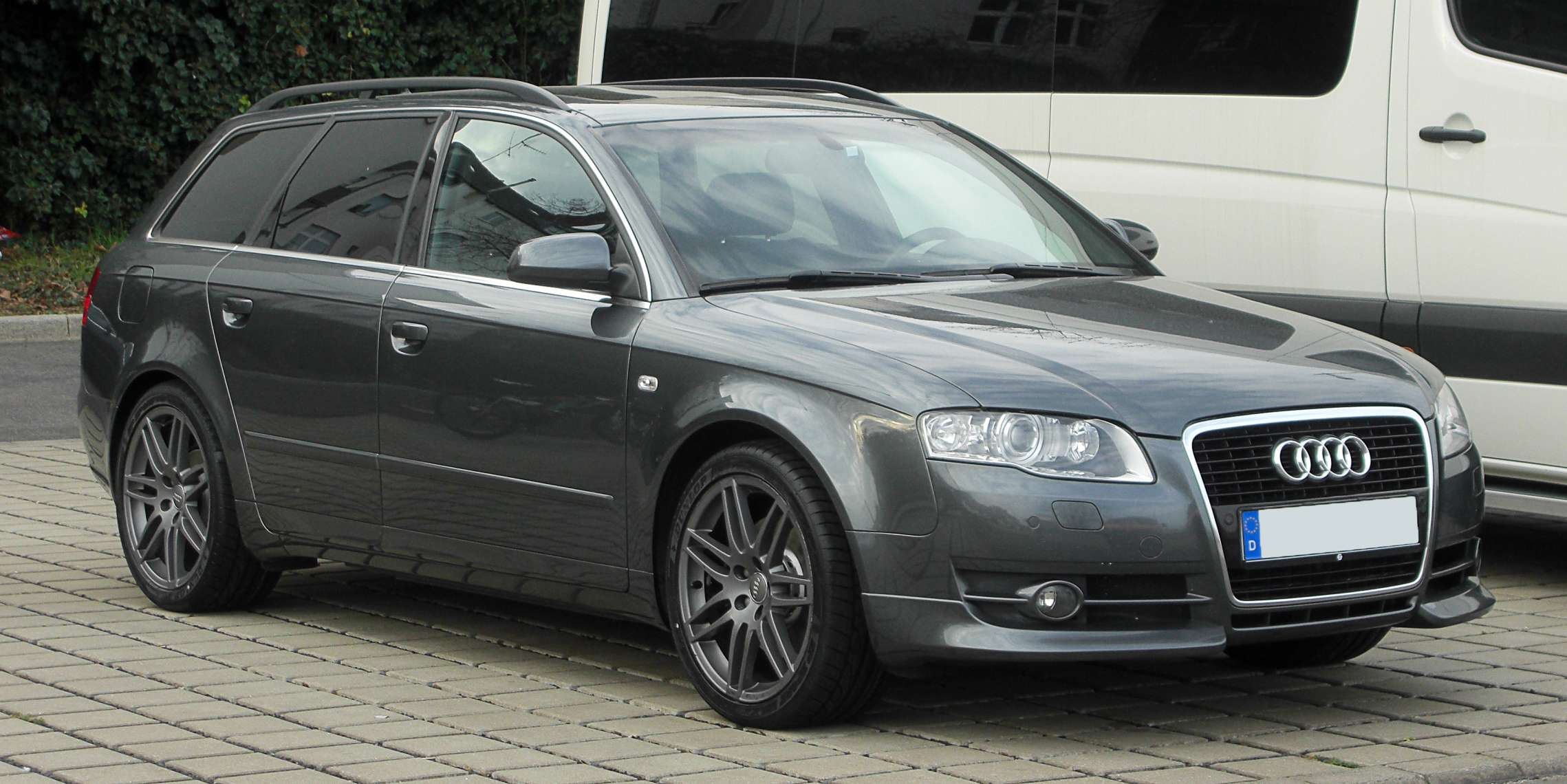 file audi a4 avant b7 frontansicht 12 m rz 2011 d wikimedia commons. Black Bedroom Furniture Sets. Home Design Ideas