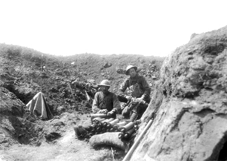 Australians with Stokes mortar, Bullecourt 8th May 1917