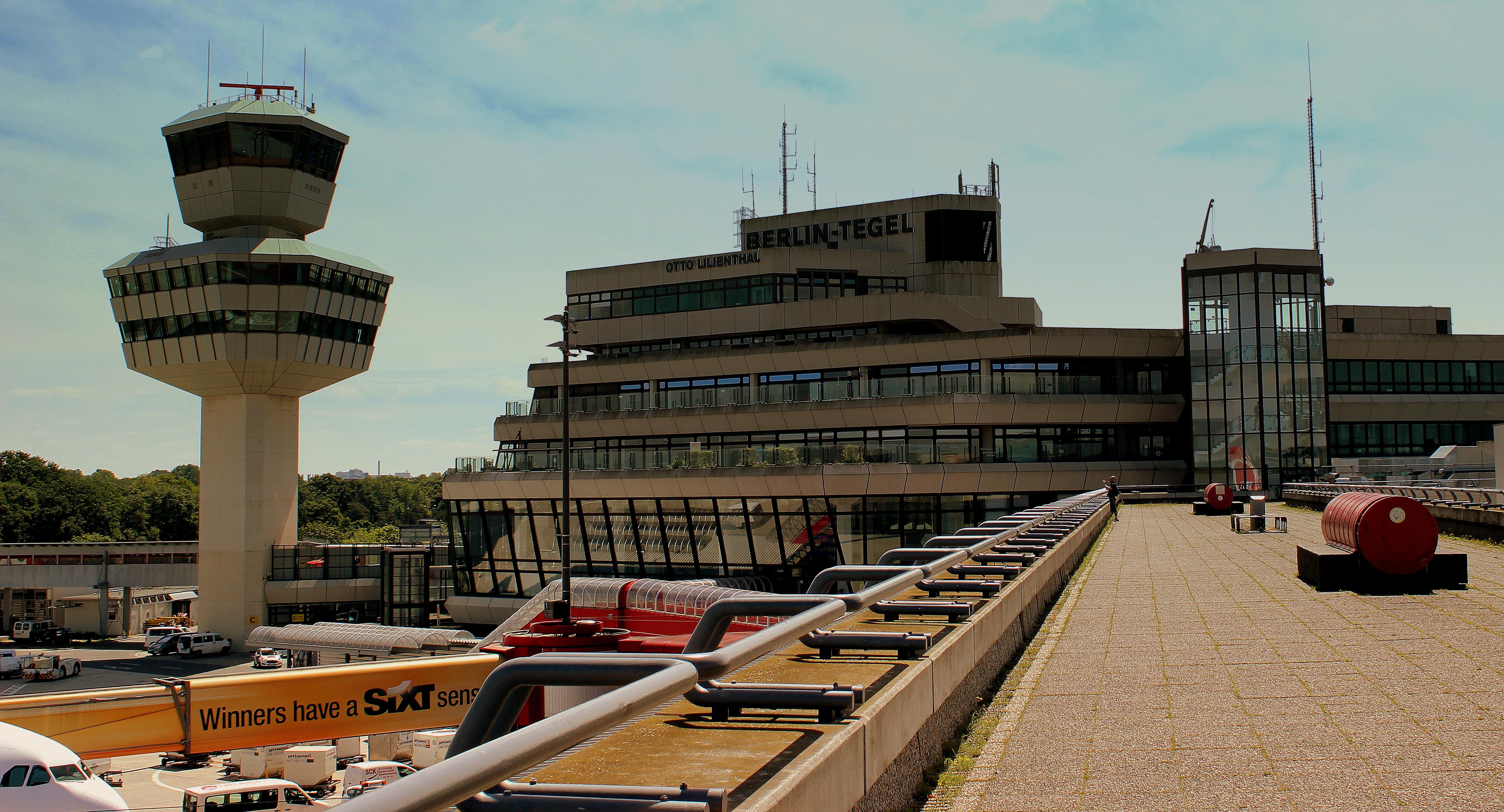 Berlin tegel airport for Flughafen tegel