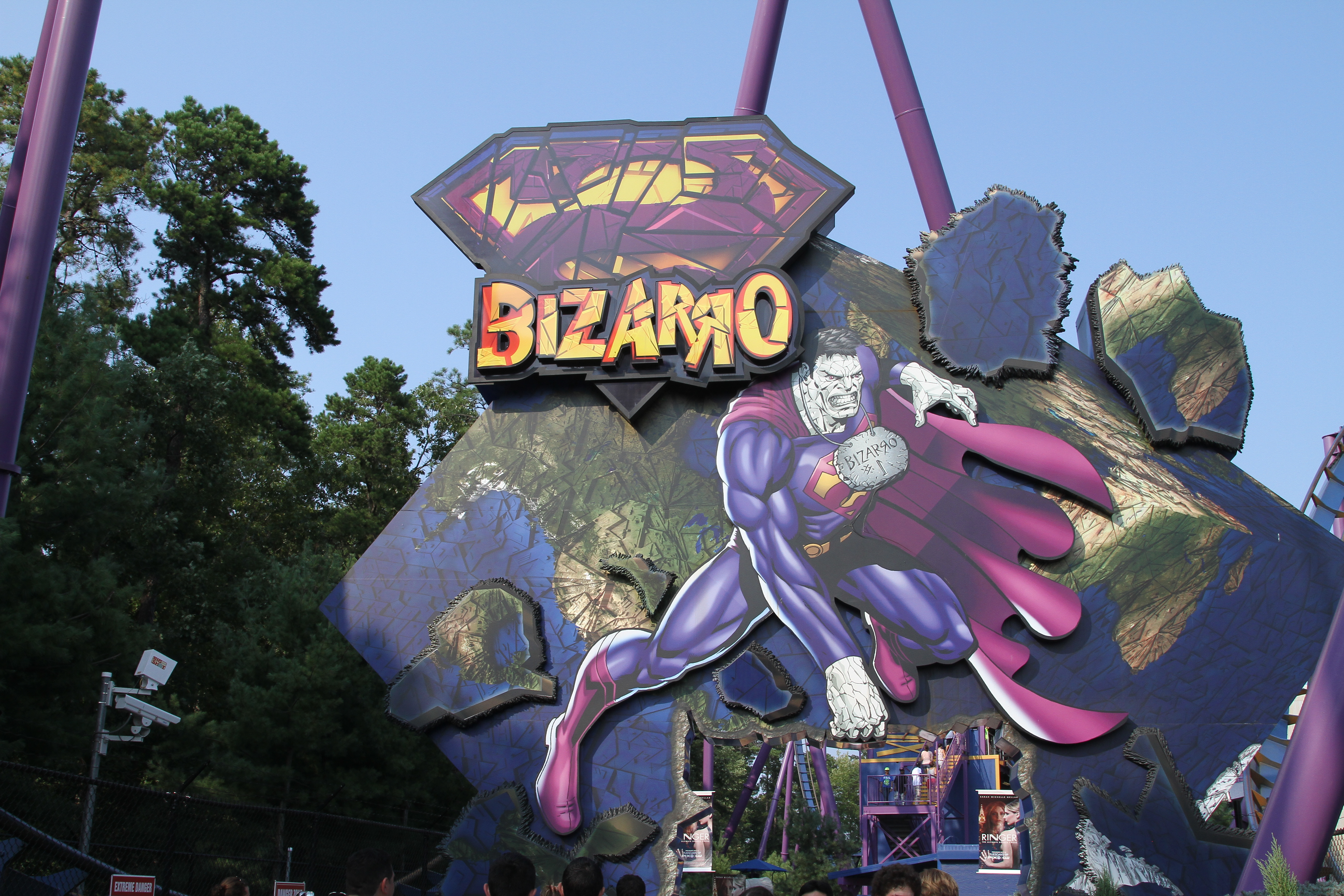 File Bizarro Six Flags Great Adventure entrance signjpg   Wikimedia lM0UX6fv