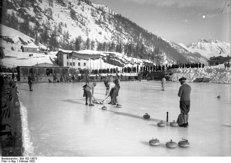 File:Bundesarchiv Bild 102-13073, St. Moritz, Curlingspiel.jpg