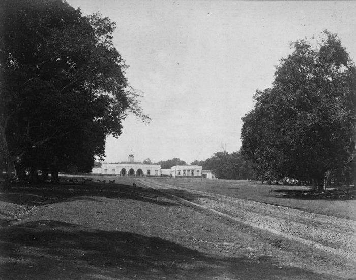 File:COLLECTIE TROPENMUSEUM Het paleis van de Gouverneur-Generaal in Buitenzorg TMnr 60025941.jpg