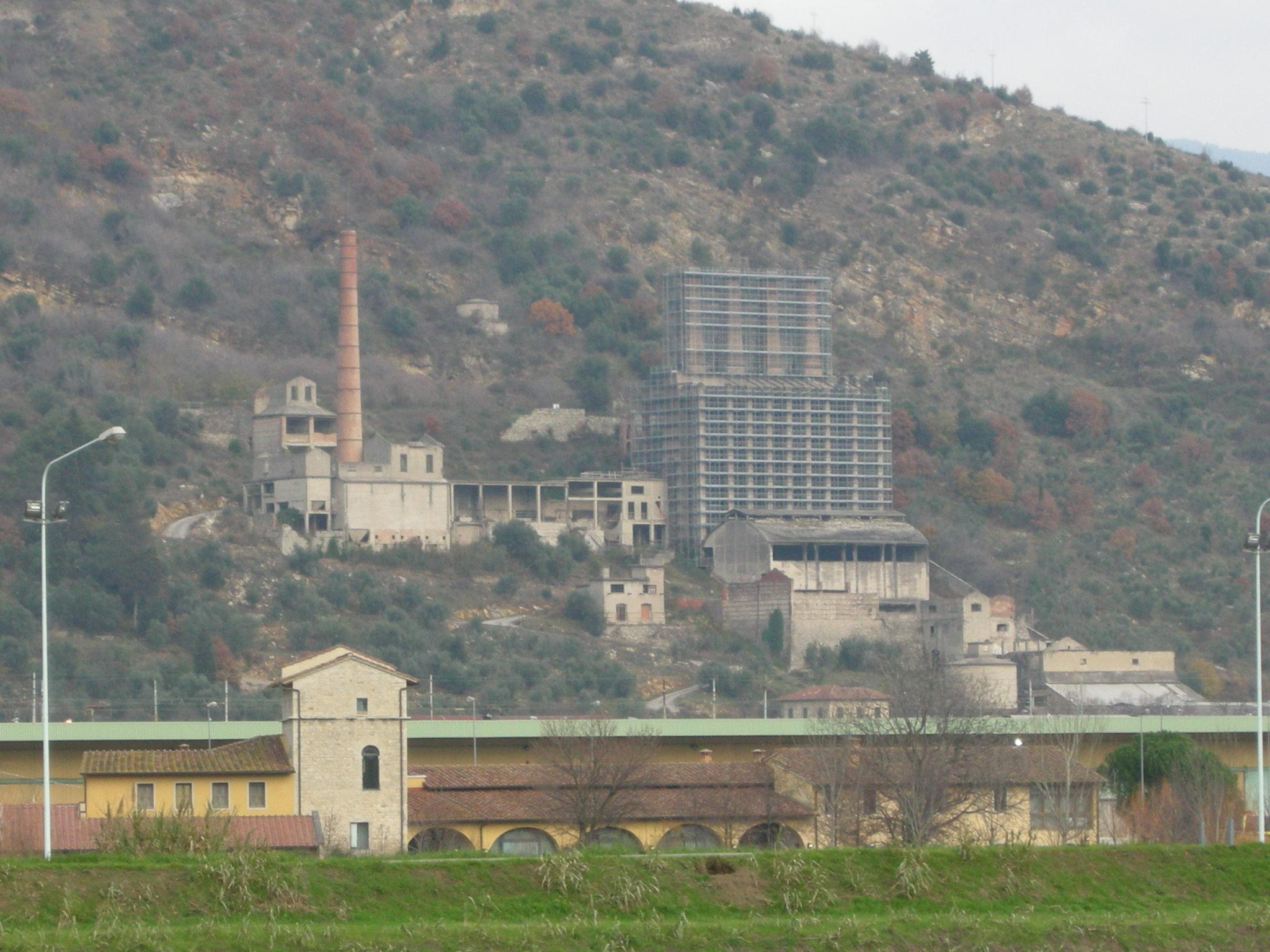 Realizzare Prato Su Cemento cementificio marchino - wikipedia