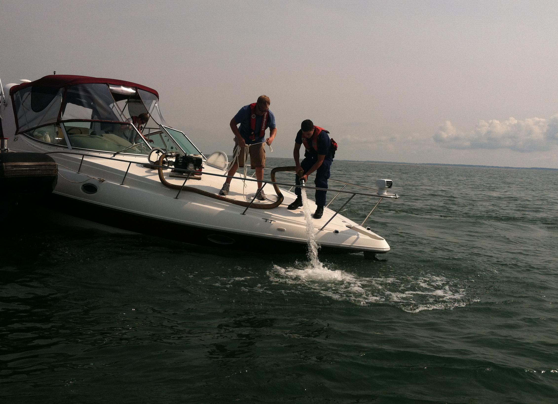 Yamaha G Pontoon Boat