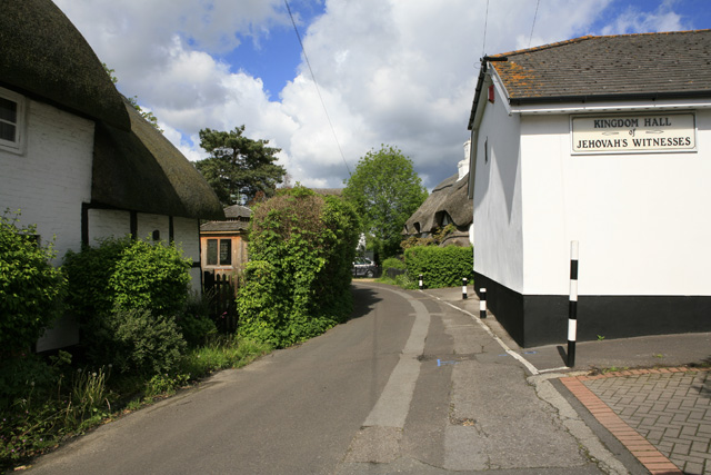 File:Coxstone Lane, Ringwood - geograph.org.uk - 173896.jpg