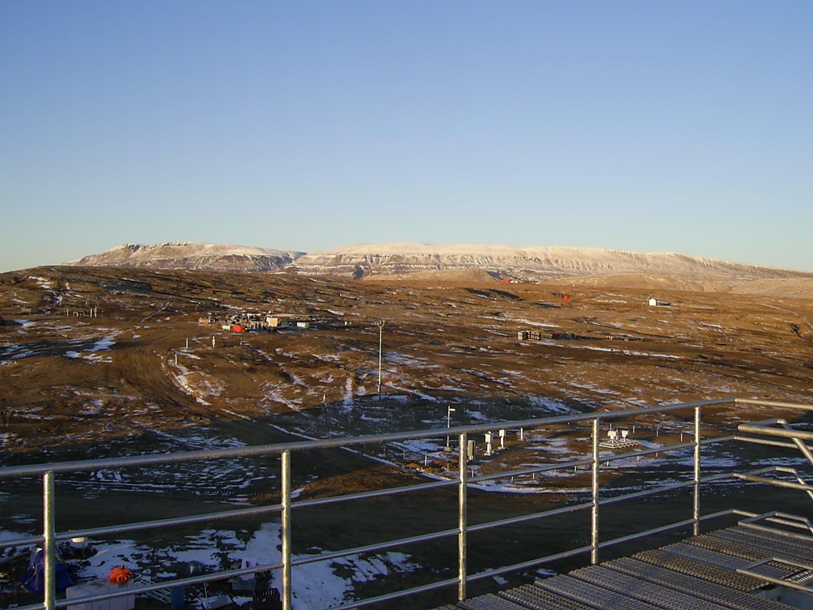 File Downtown Eureka Nunavut A Jpg Wikimedia Commons