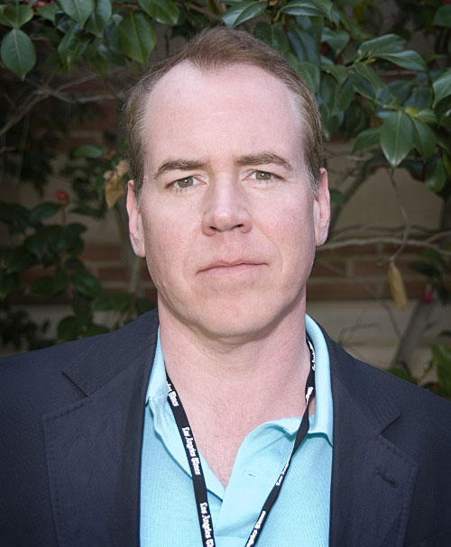 Bret Easton Ellis earned a  million dollar salary - leaving the net worth at 0.2 million in 2018