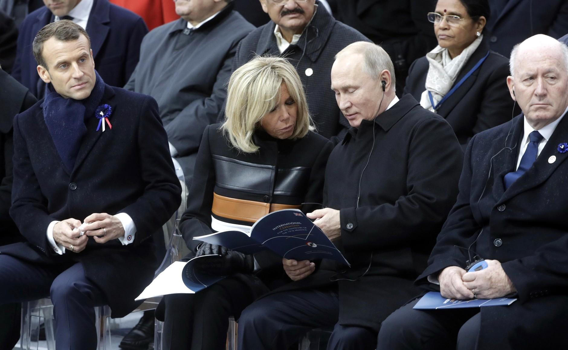 File:Emmanuel and Brigitte Macron & Vladimir Putin.jpg - Wikimedia Commons