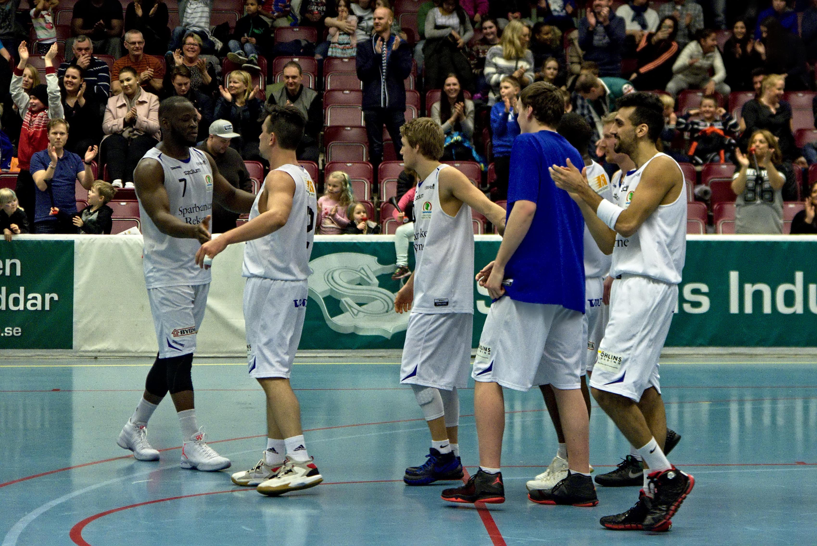 Northland basket spelar vidare