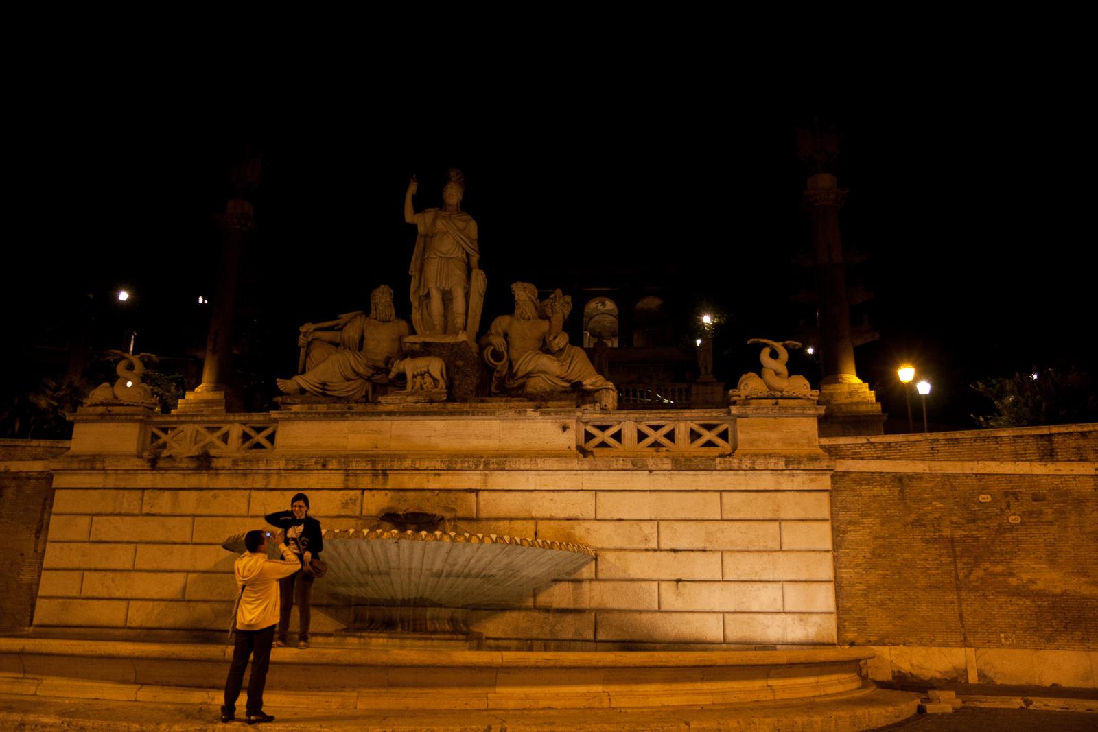 File:Fontana della Dea di Roma e terrazza del Pincio - panoramio.jpg ...