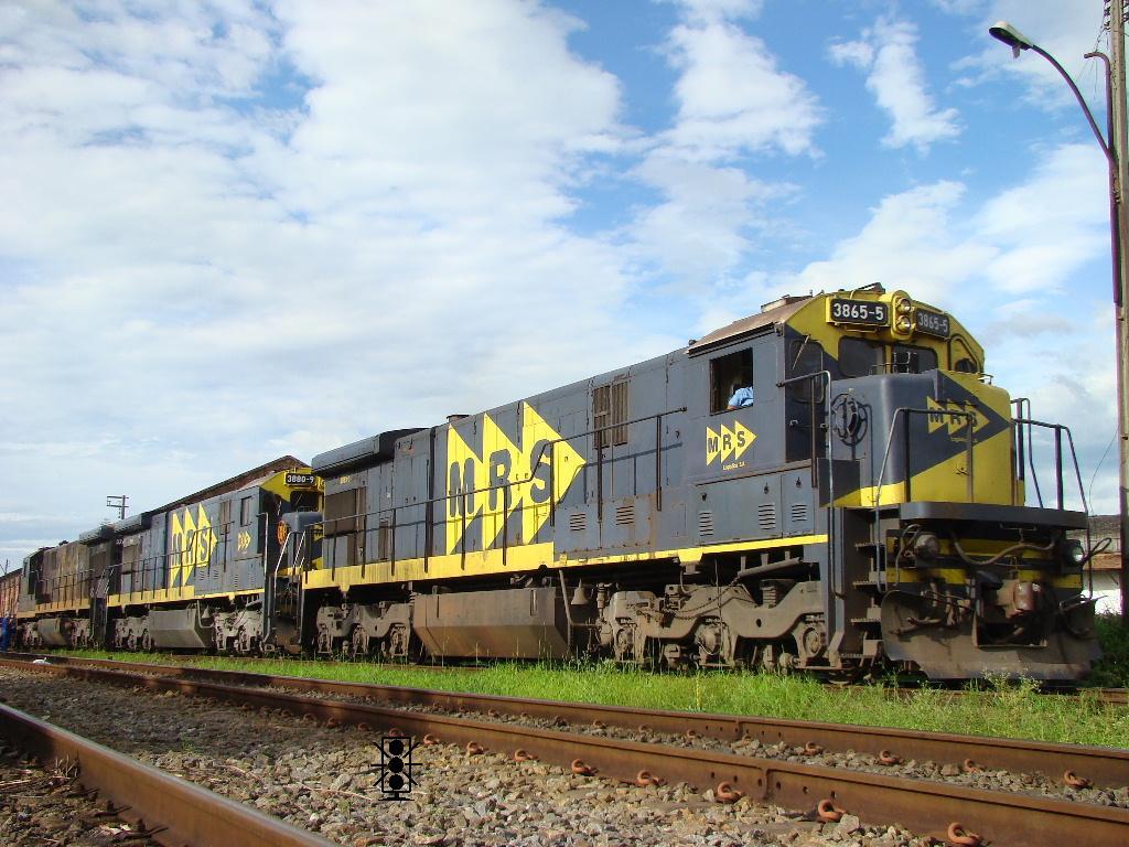 Fases de pintura de locomotivas GE_C36ME_3865_MRS