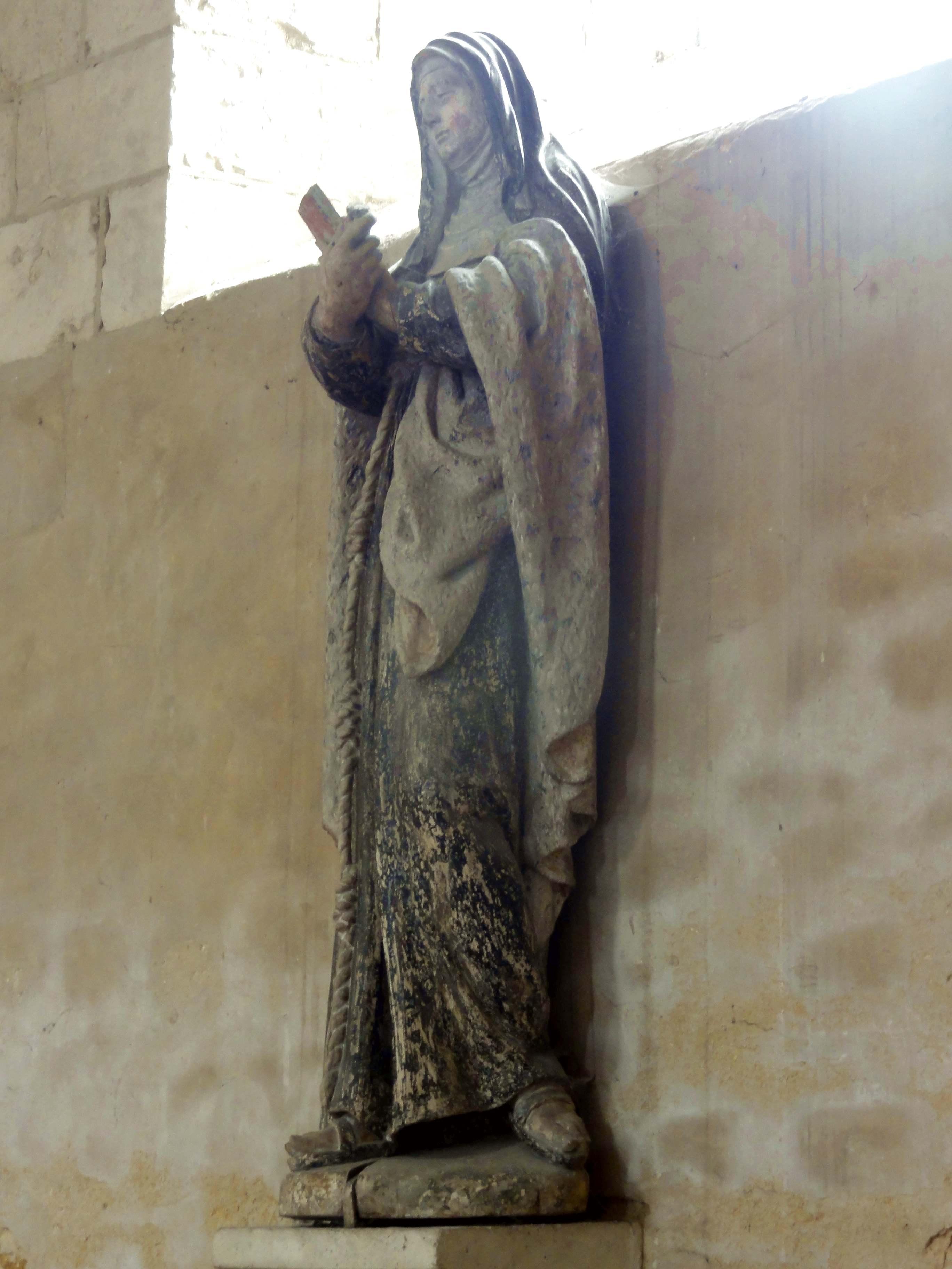 file gournay en bray 76 coll giale st hildevert bas c t sud statue de sainte claire d. Black Bedroom Furniture Sets. Home Design Ideas