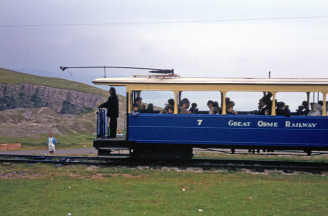 File:Great Orme Railway - upper section - geograph.org.uk - 1607124.jpg