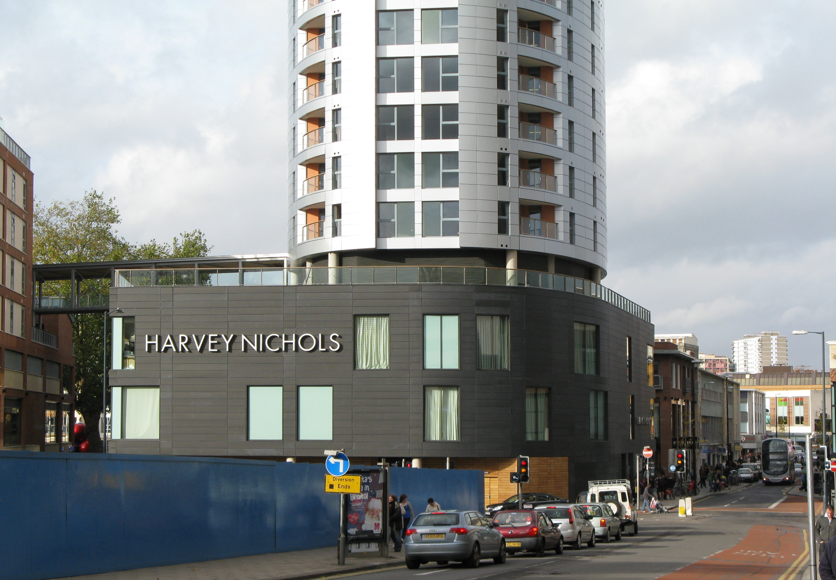 file harvey nichols store in bristol wikimedia commons. Black Bedroom Furniture Sets. Home Design Ideas