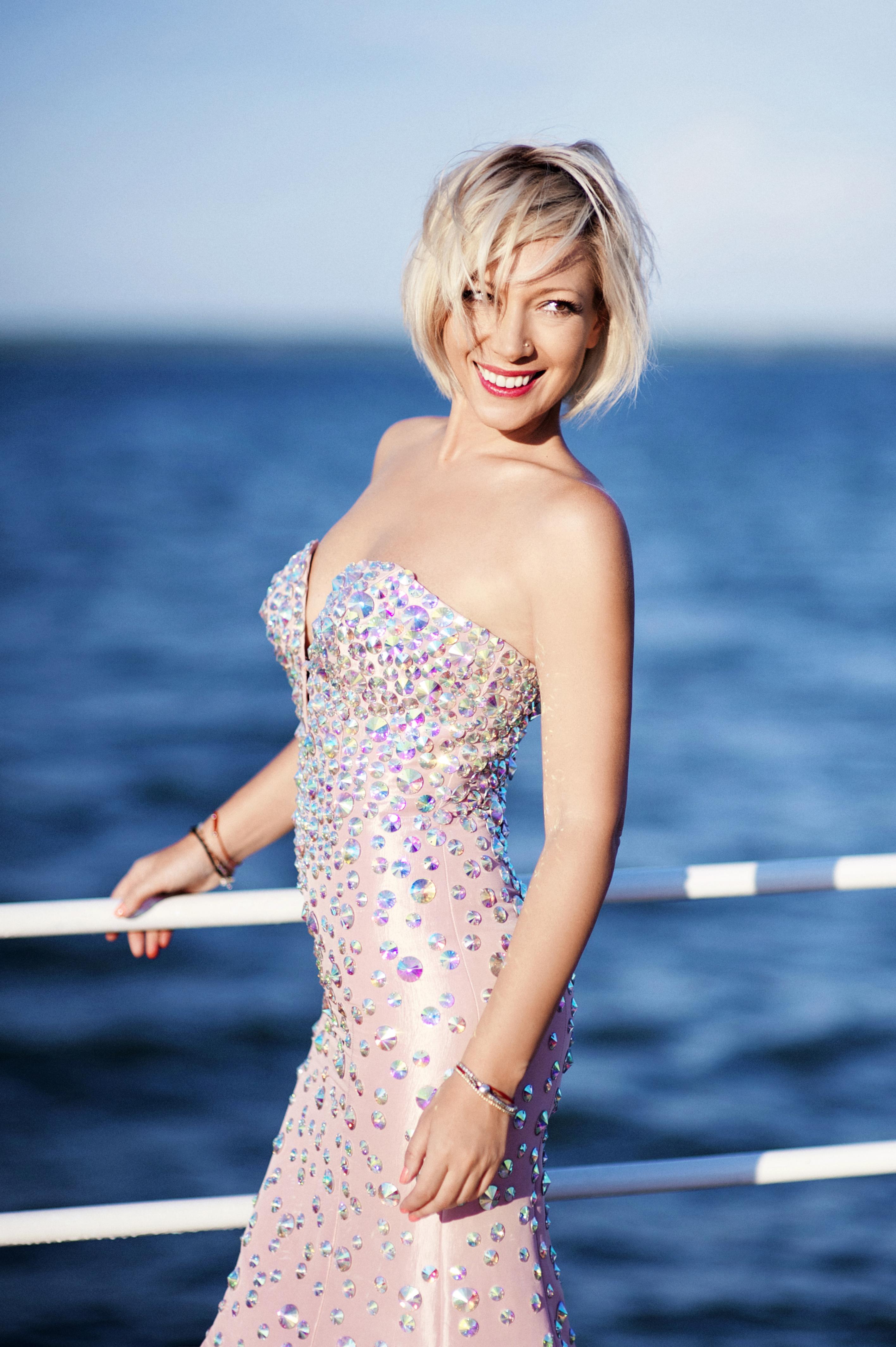 Aurora (Irina Yudina) photo, biography of the presenter, actress 2018 79