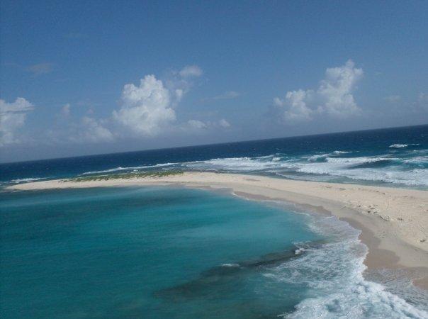 Isla Aves de Sotavento - Landmark & Historical Place ...