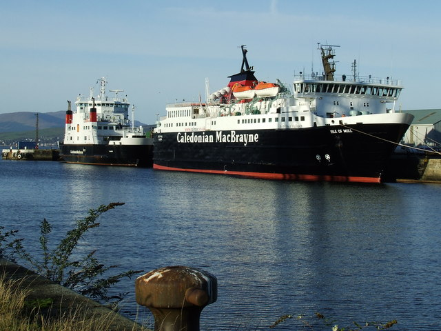 Isle of Mull at Greenock - geograph.org.uk - 621136.jpg