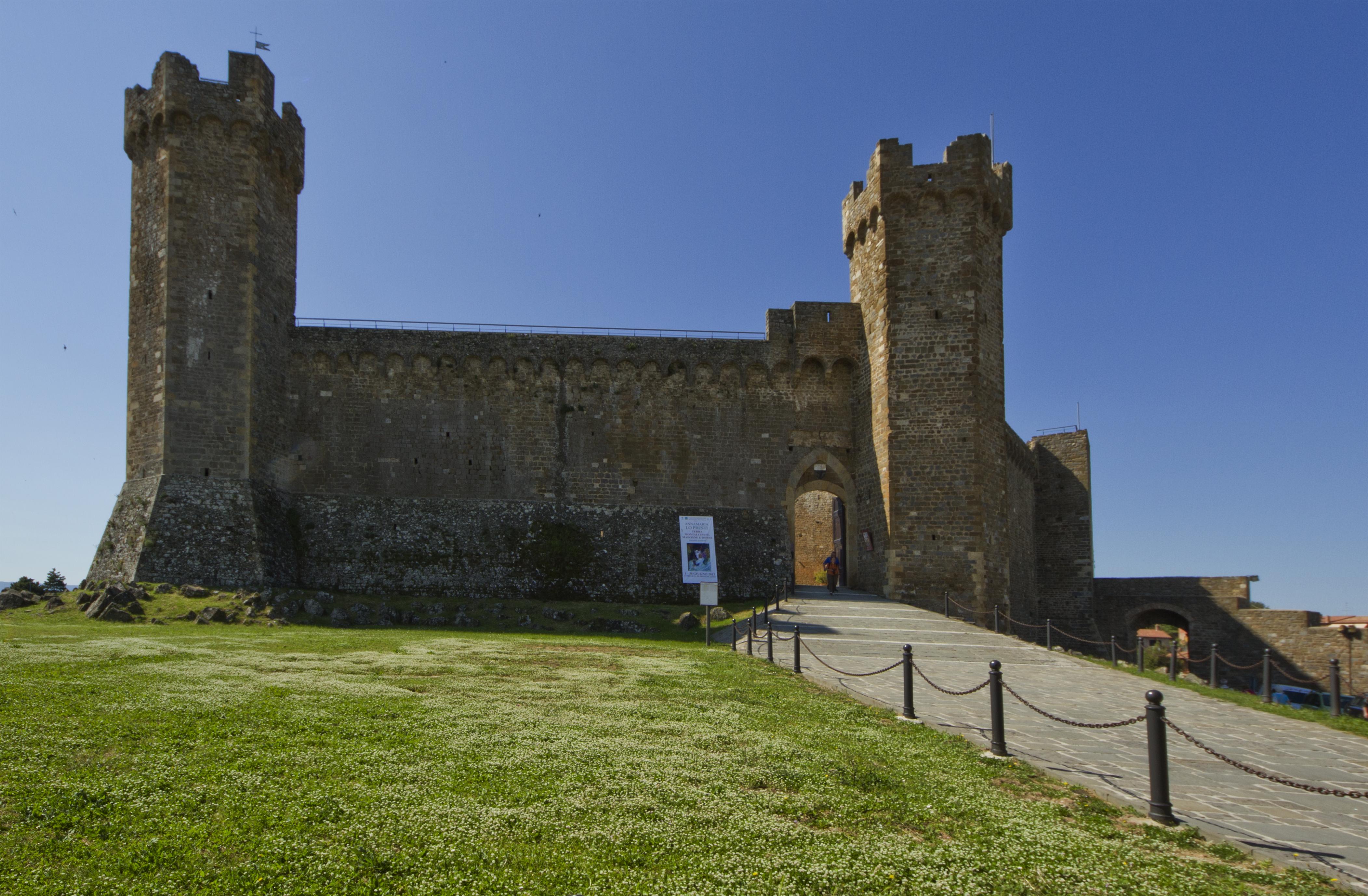 La Fortezza - panoramio.jpg