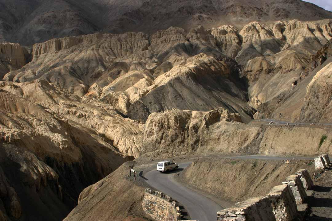 A vehicle on the Himalaya Highway 3