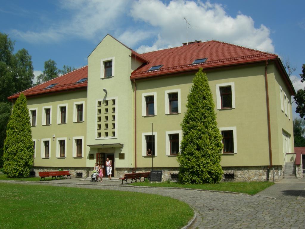 Lambinowice u2014 Wikipédia