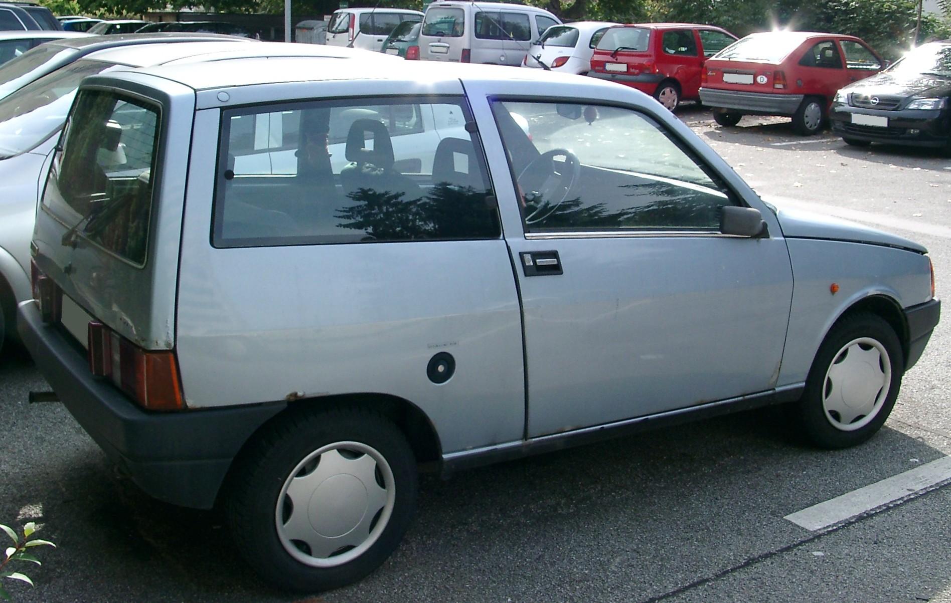File:Lancia Y10 side 20070920.jpg - Wikimedia Commons