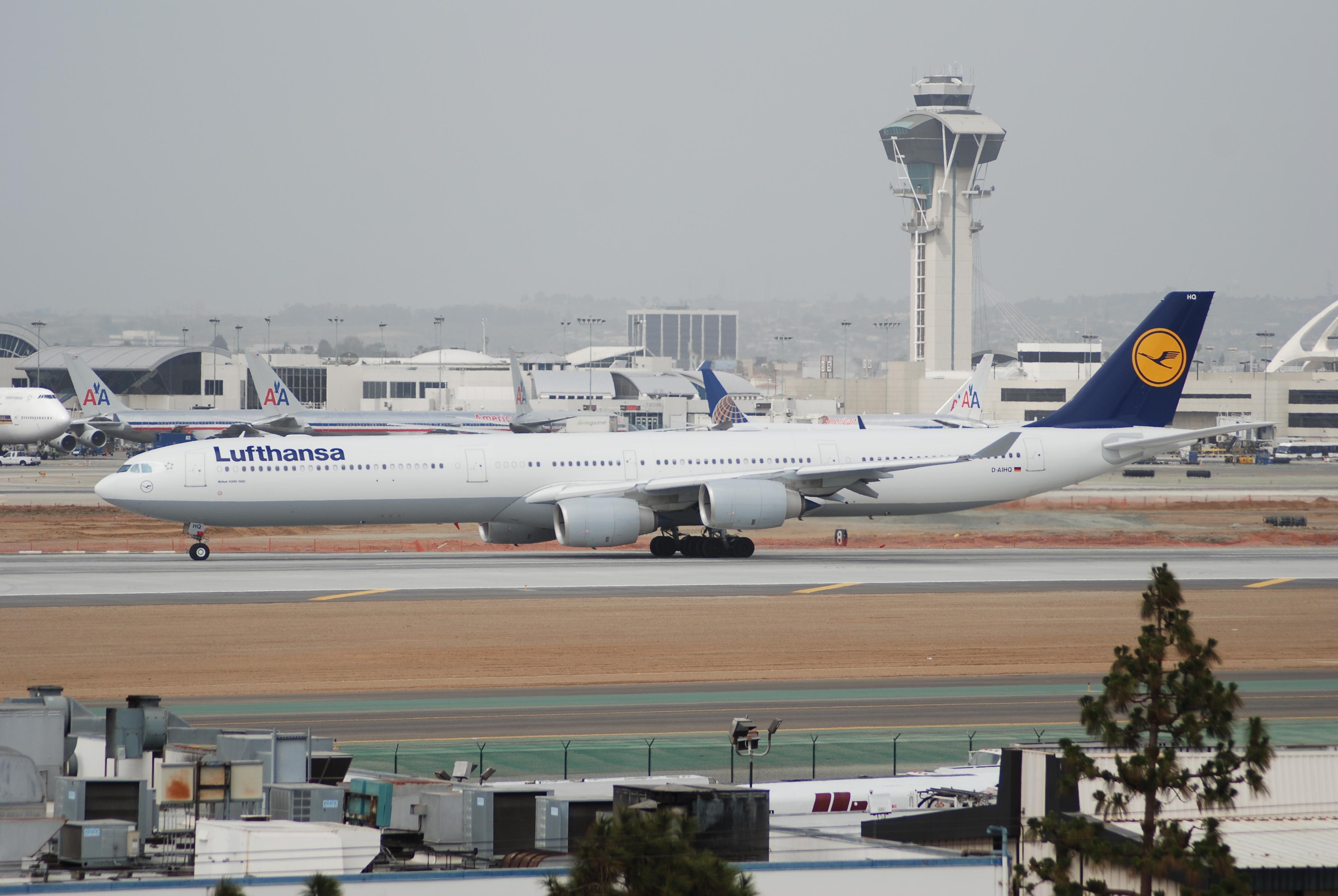 File Lufthansa Airbus A340 600 D Aihq Lax 17 04 2007
