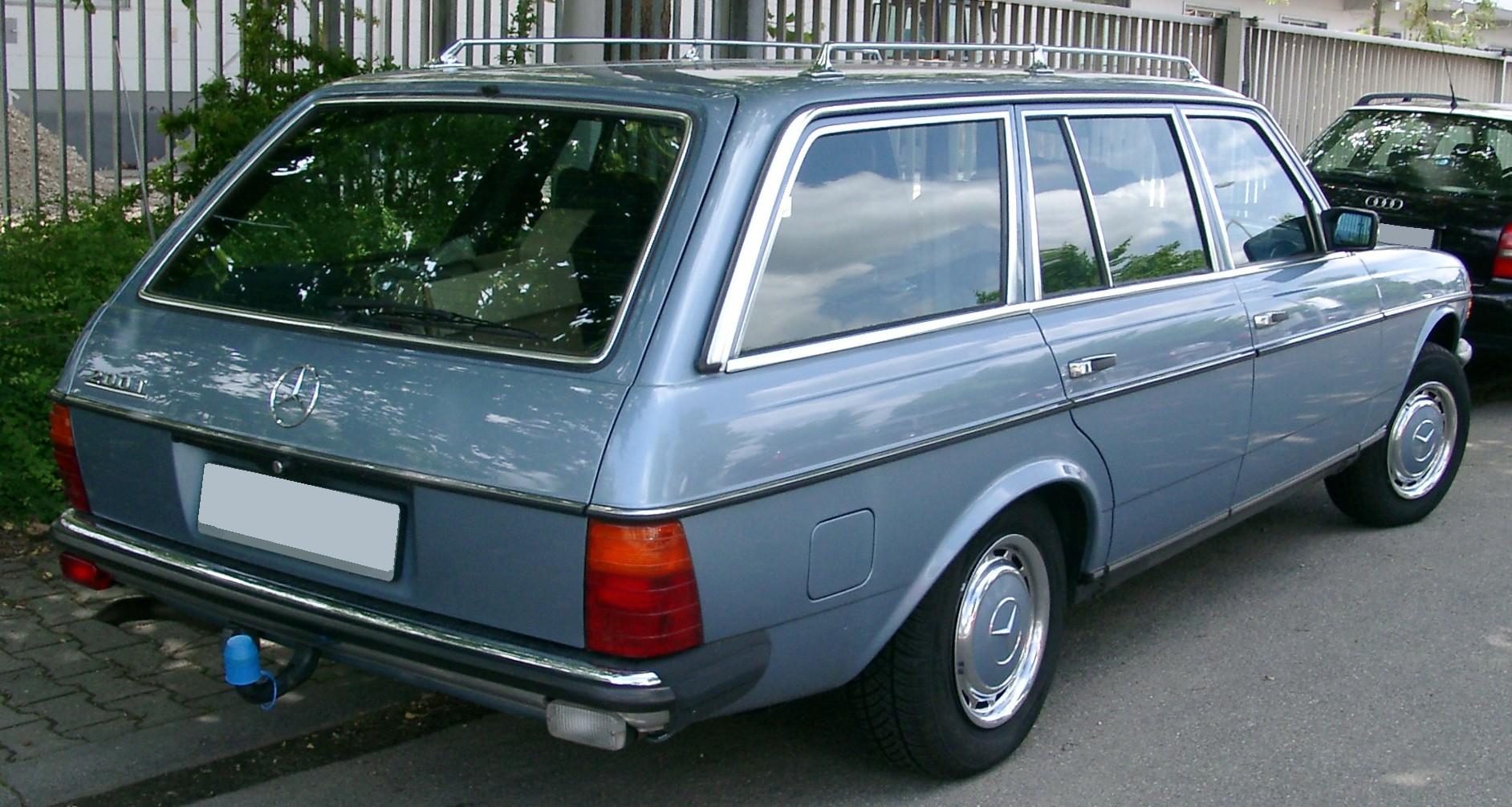 File Mercedes W123 T Modell Rear 20080603 Jpg Wikimedia Commons