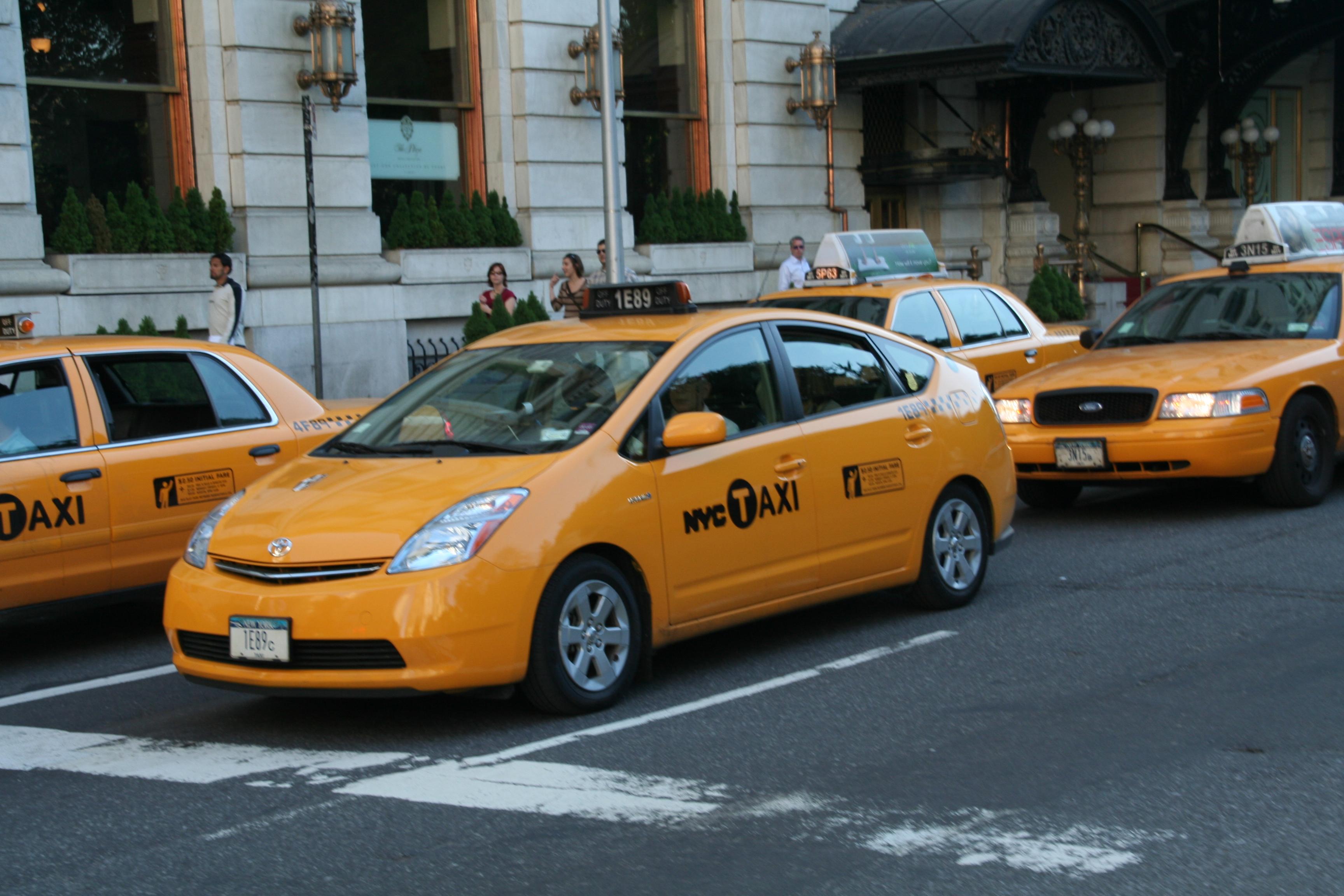 Description new york prius cab jpg